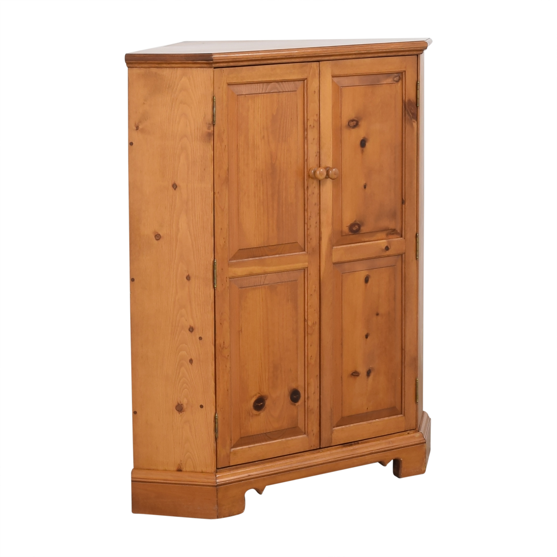 Country-Style Corner Media Cabinet Storage