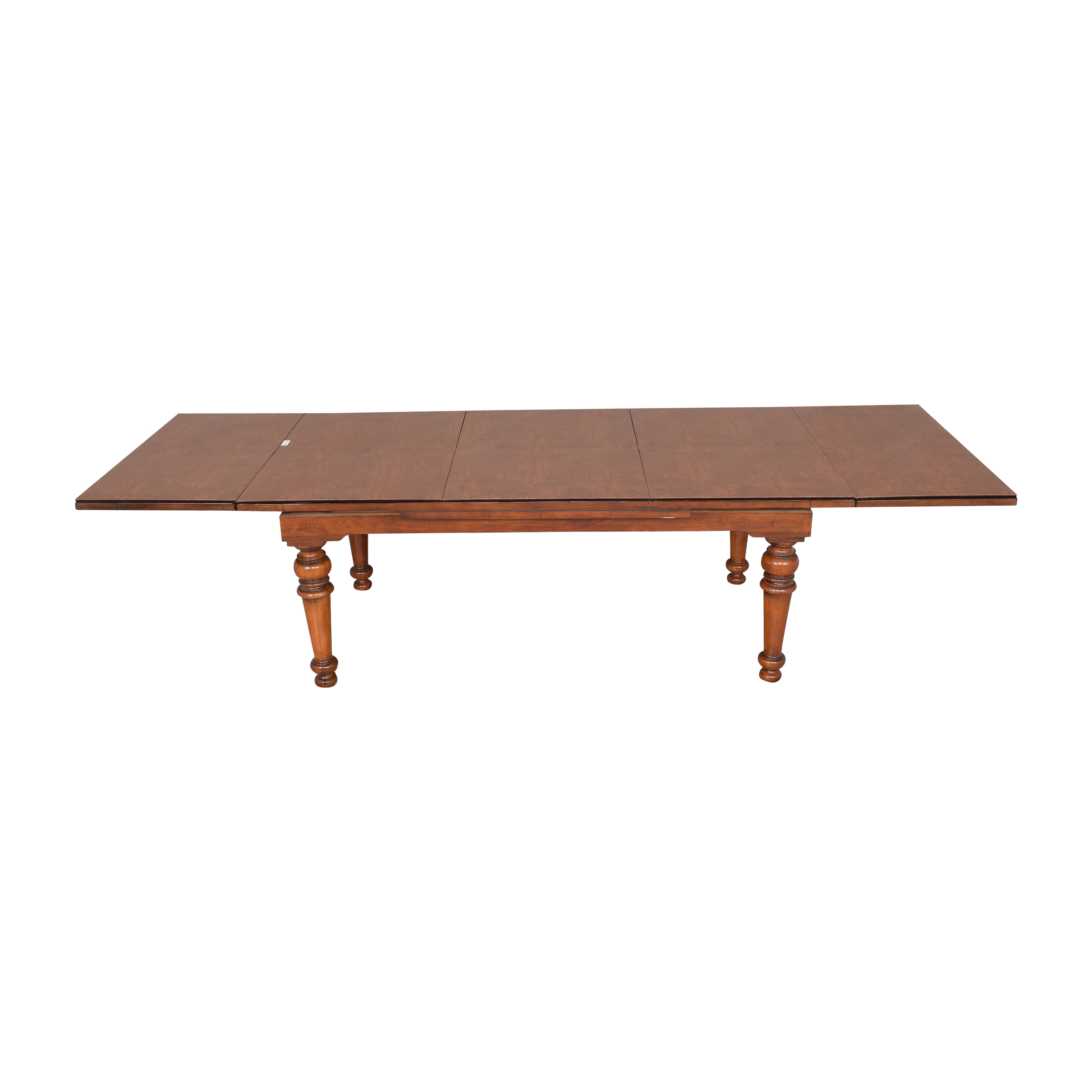 Hooker Furniture Extendable Dining Table  / Tables