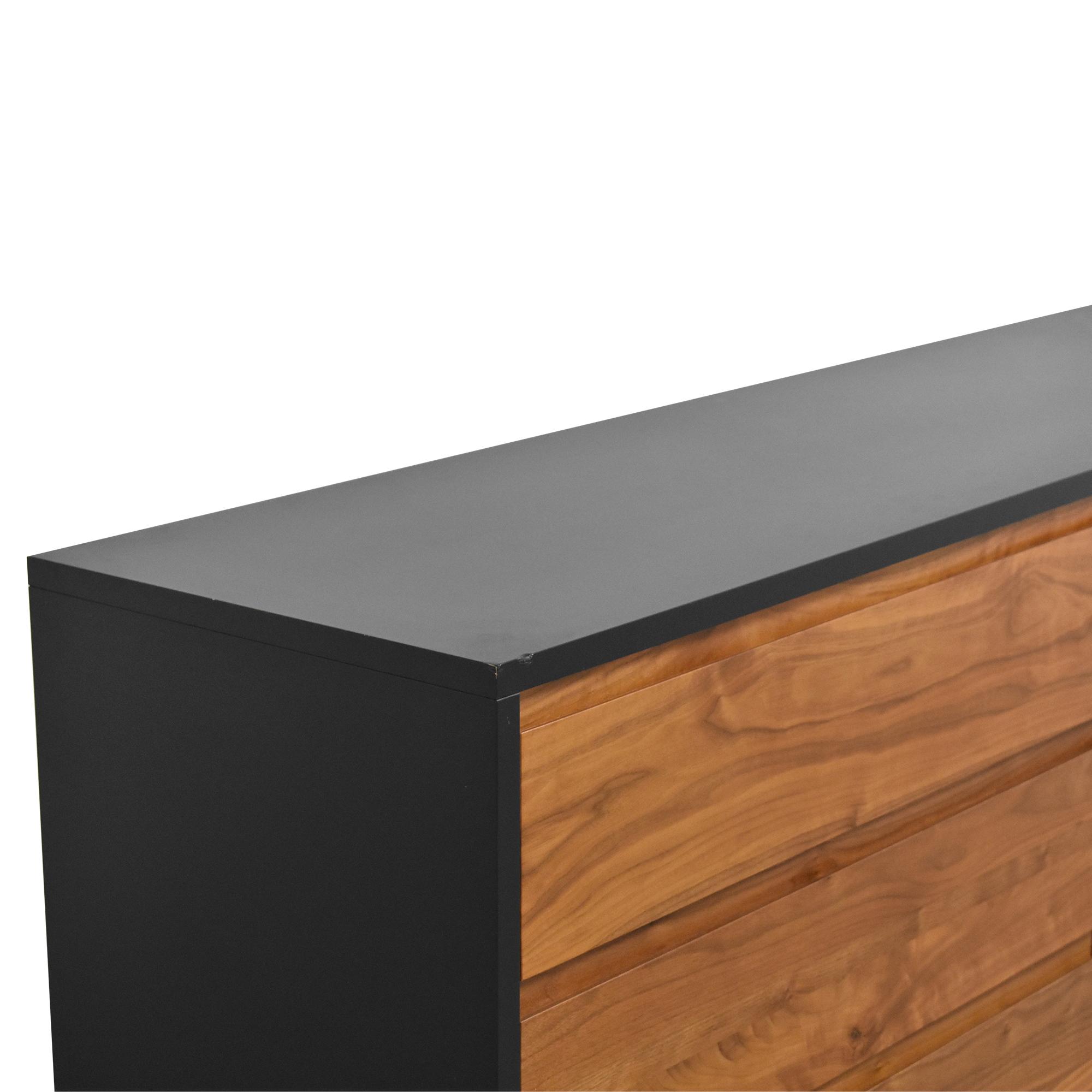 Room & Board Room & Board Six Drawer Double Dresser nj