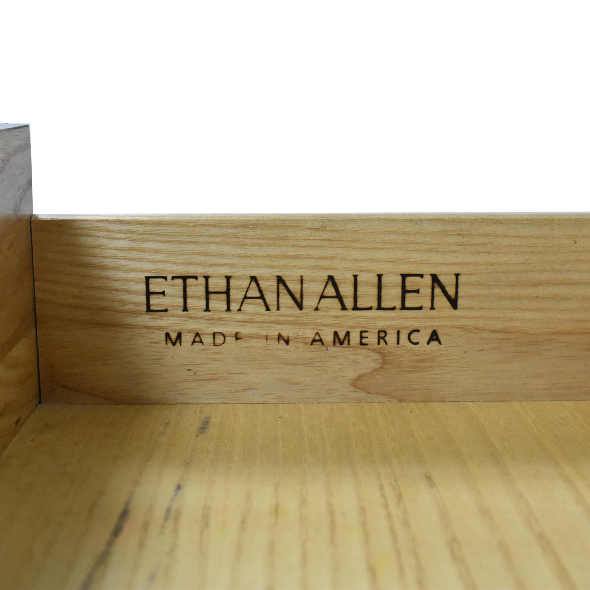 Ethan Allen Ethan Allen Horizons End Table dimensions