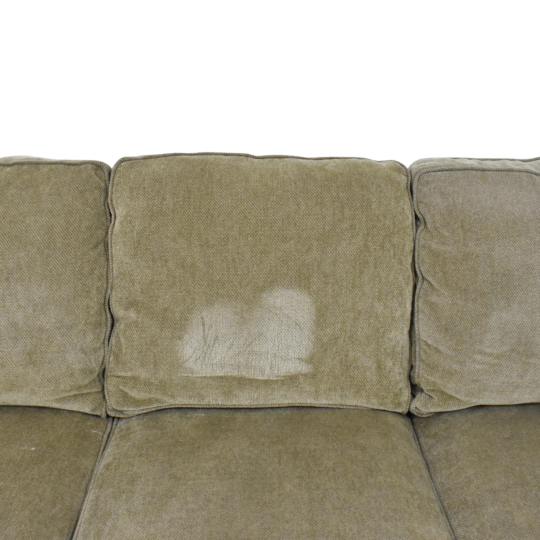 Raymour & Flanigan Raymour & Flanigan Three Cushion Roll Arm Sofa pa
