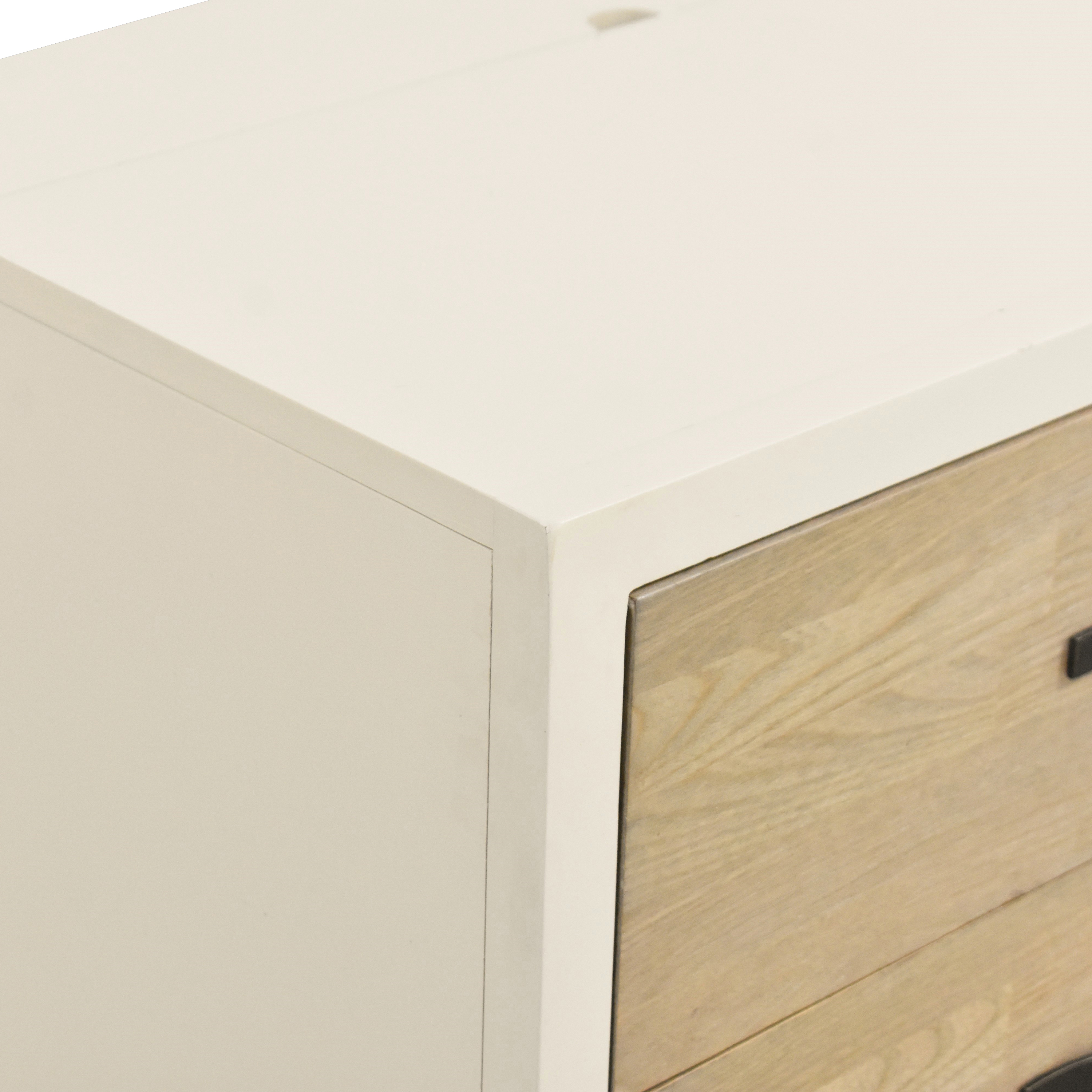 Universal Furniture Universal Furniture Spencer Nightstand with Power Outlet  nyc