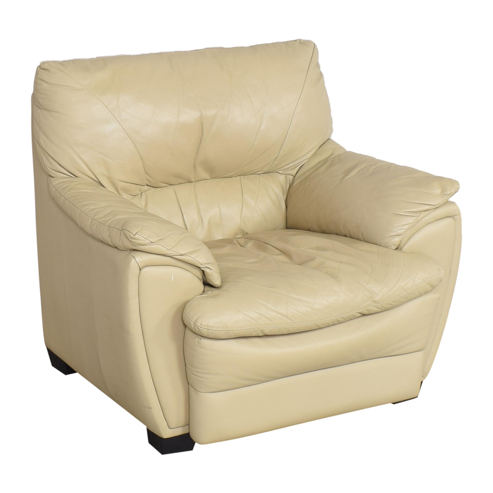 Raymour & Flanigan Raymour & Flanigan Padded Arm Chair