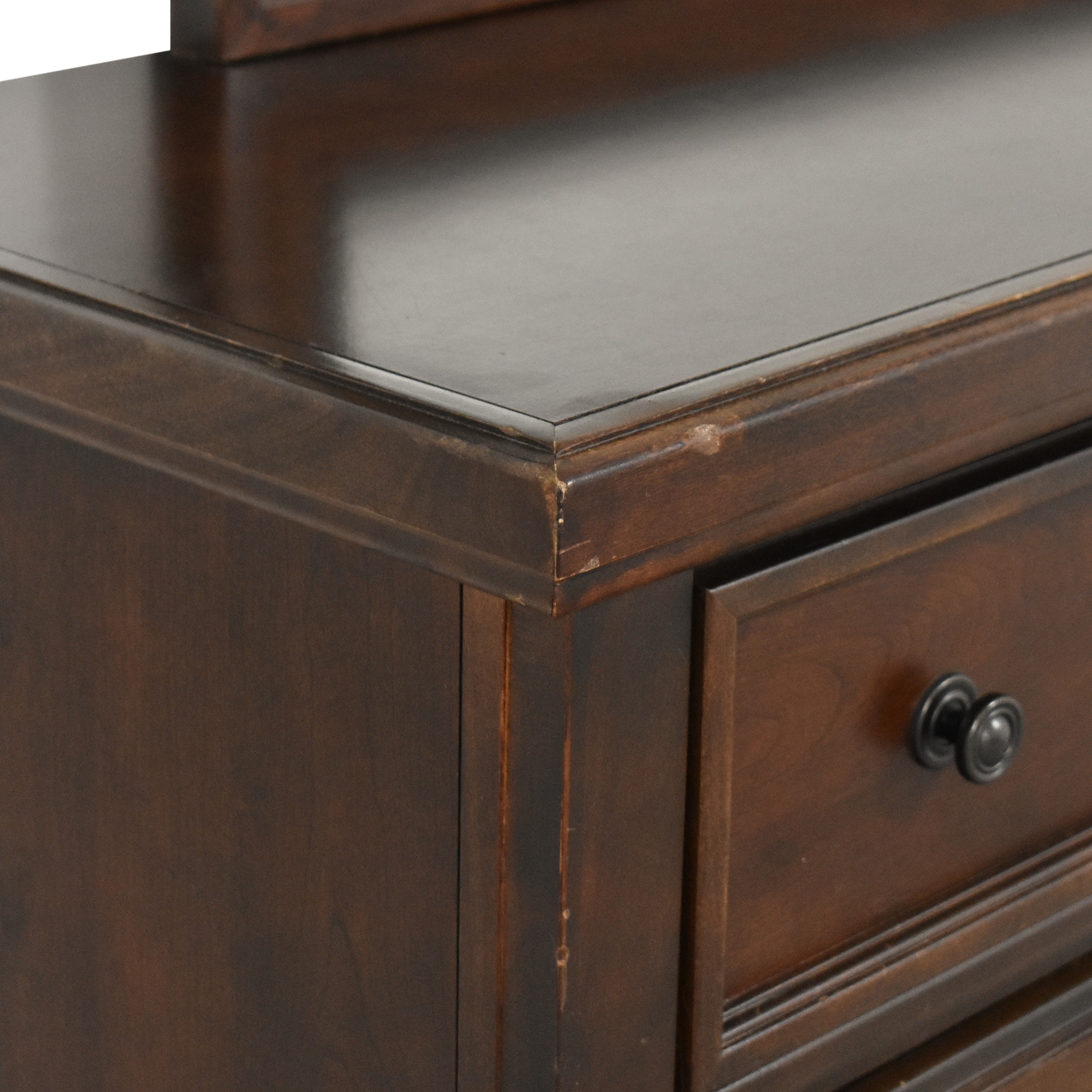 Vaughan-Bassett Vaughan-Bassett Triple Dresser with Mirror discount
