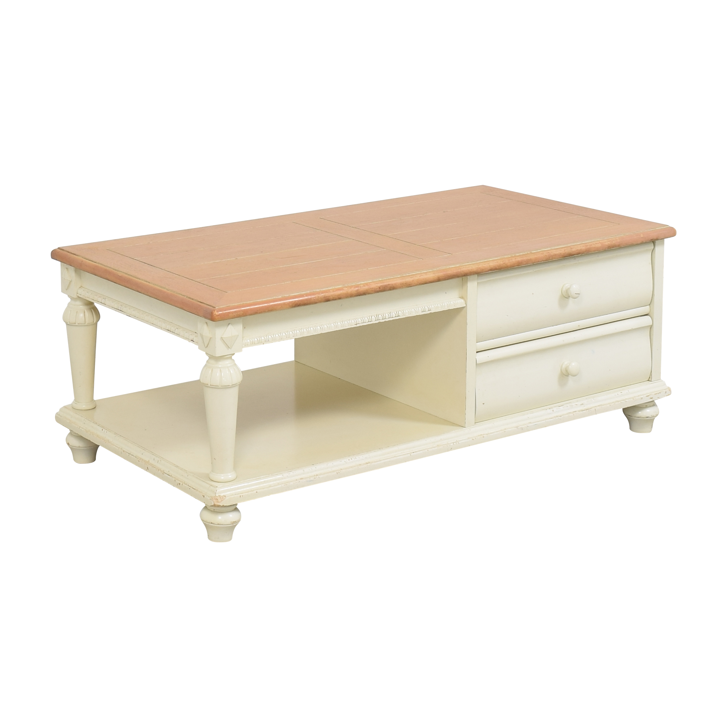 Thomasville Thomasville Summer Cottage Collection Coffee Table second hand