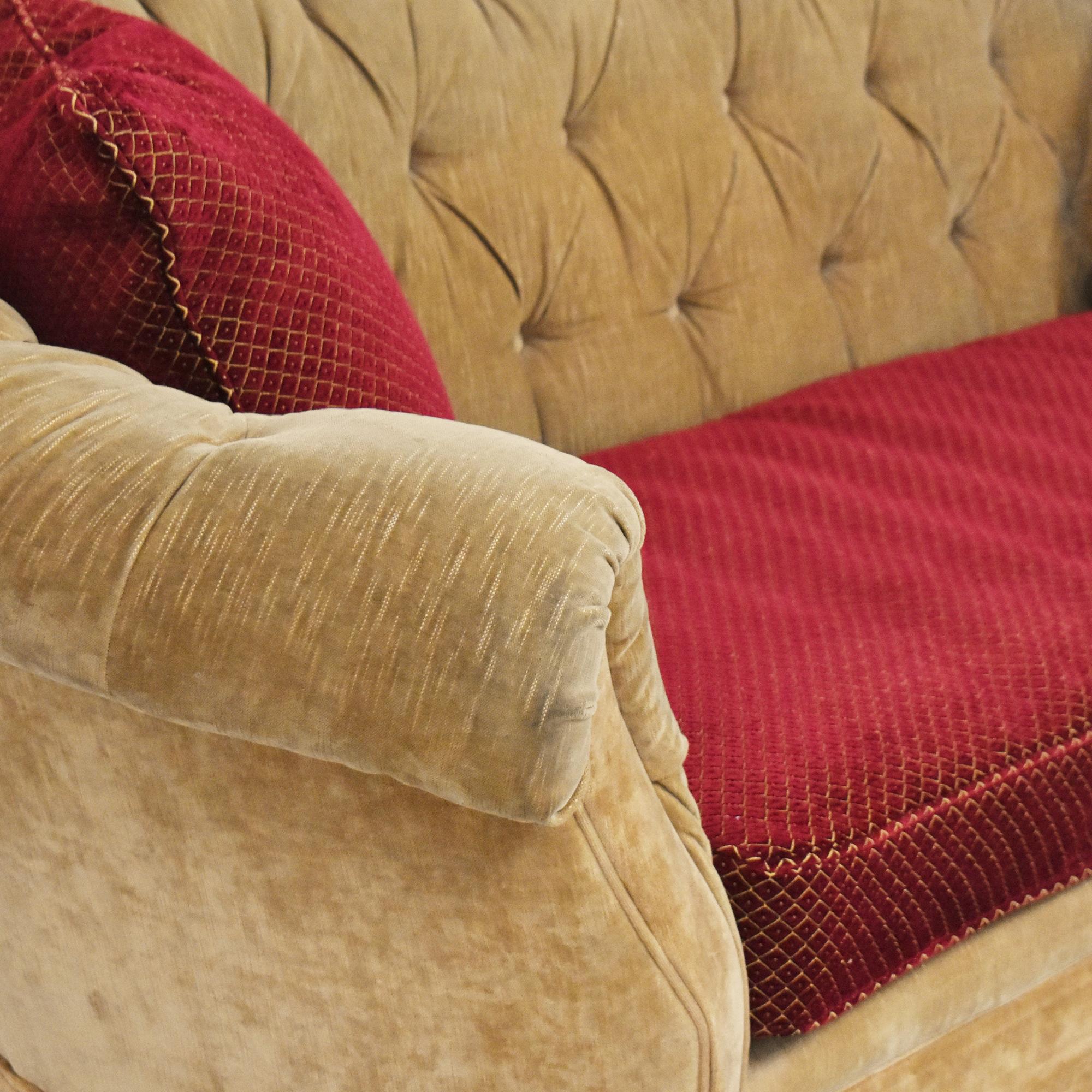 Domain Home Domain Home Two Tone Curve Tufted Sofa ma