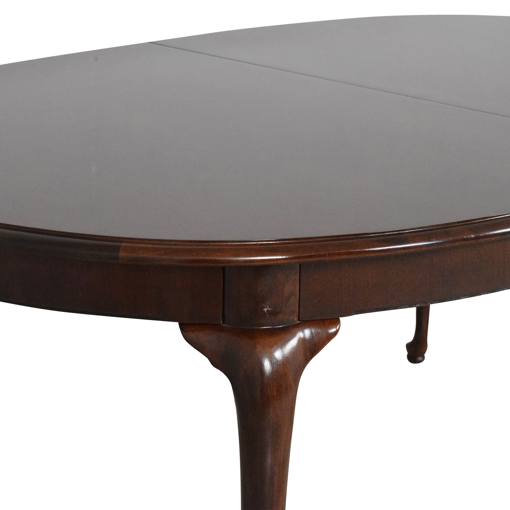 Thomasville Thomasville Queen Anne Extendable Dining Table Dinner Tables