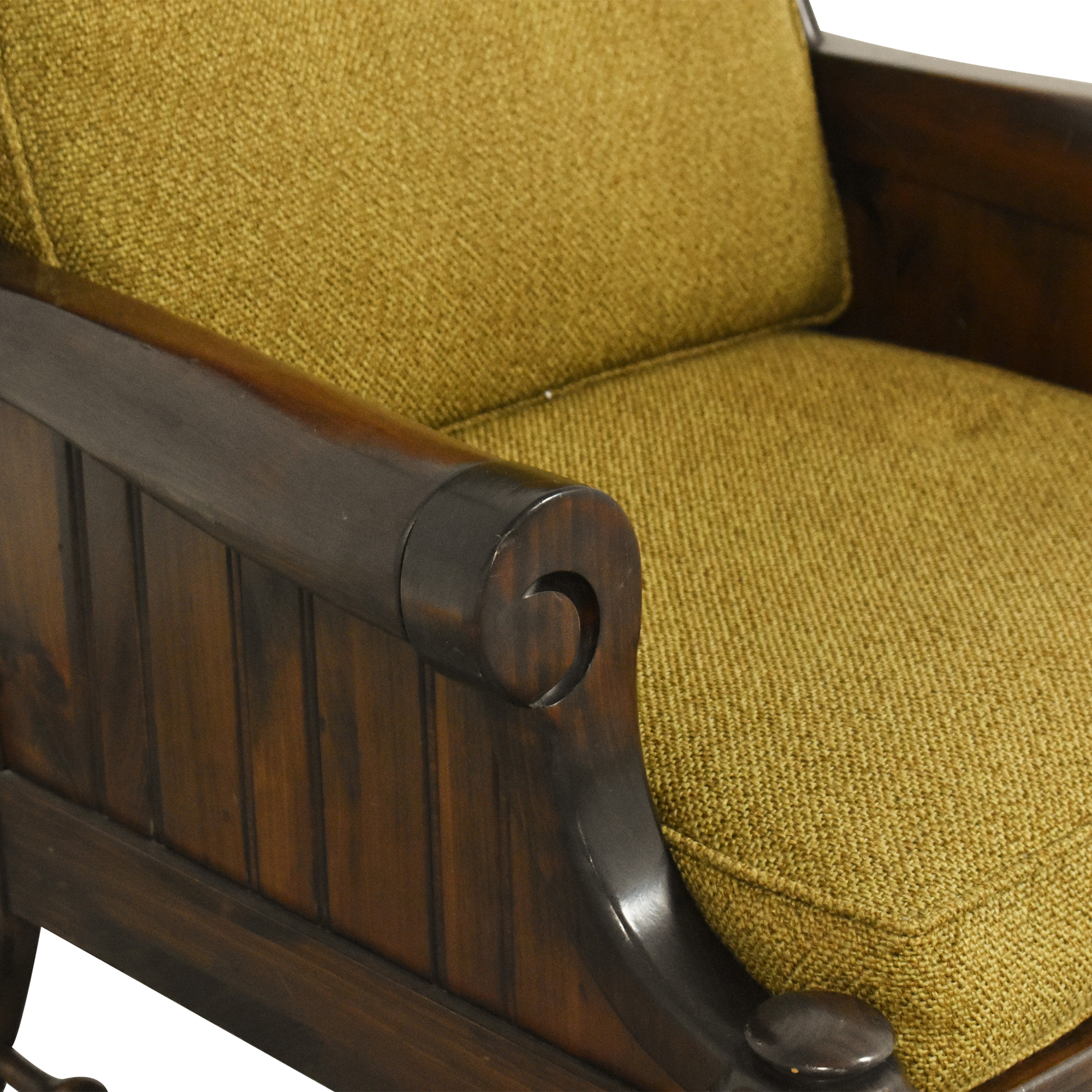 Bennington Pine Bennington Pine Button Tufted Club Chair ma