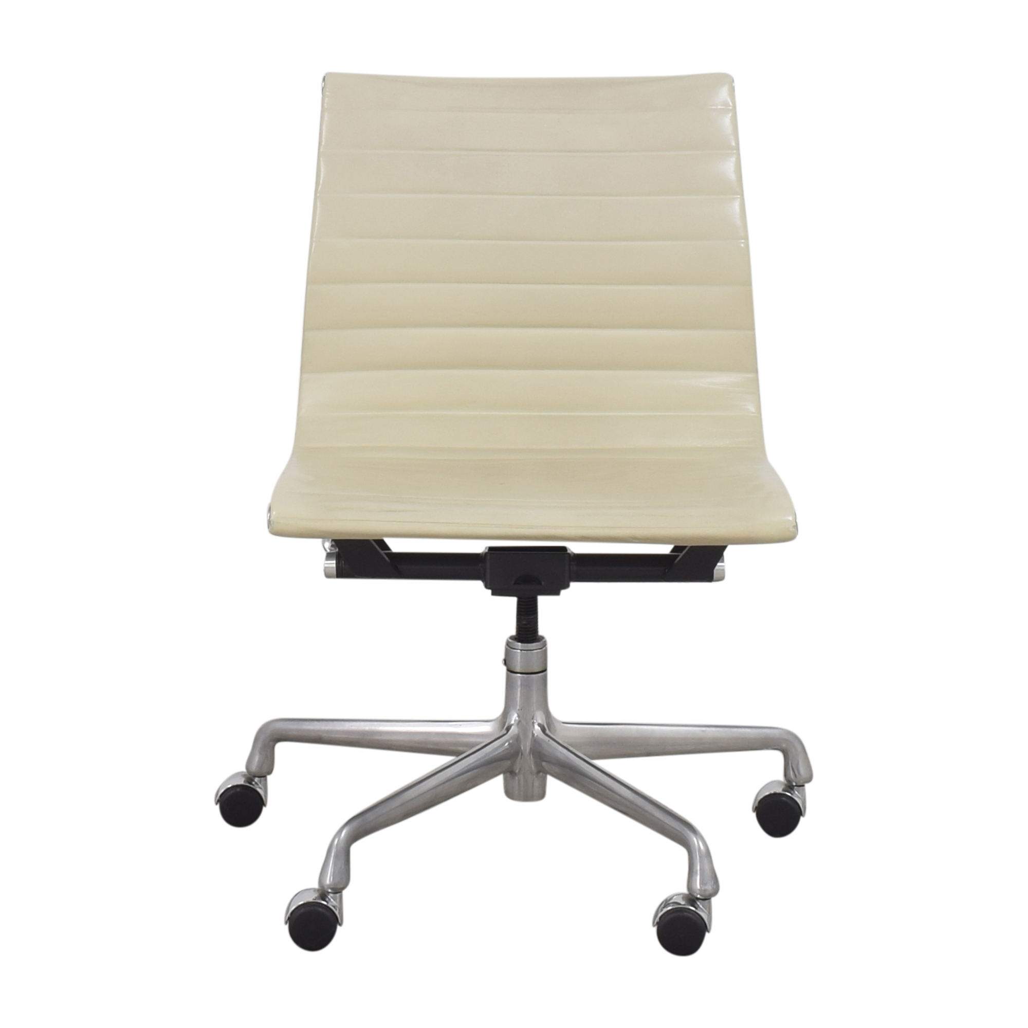 Knoll Knoll Eames Aluminum Group Management Chair second hand