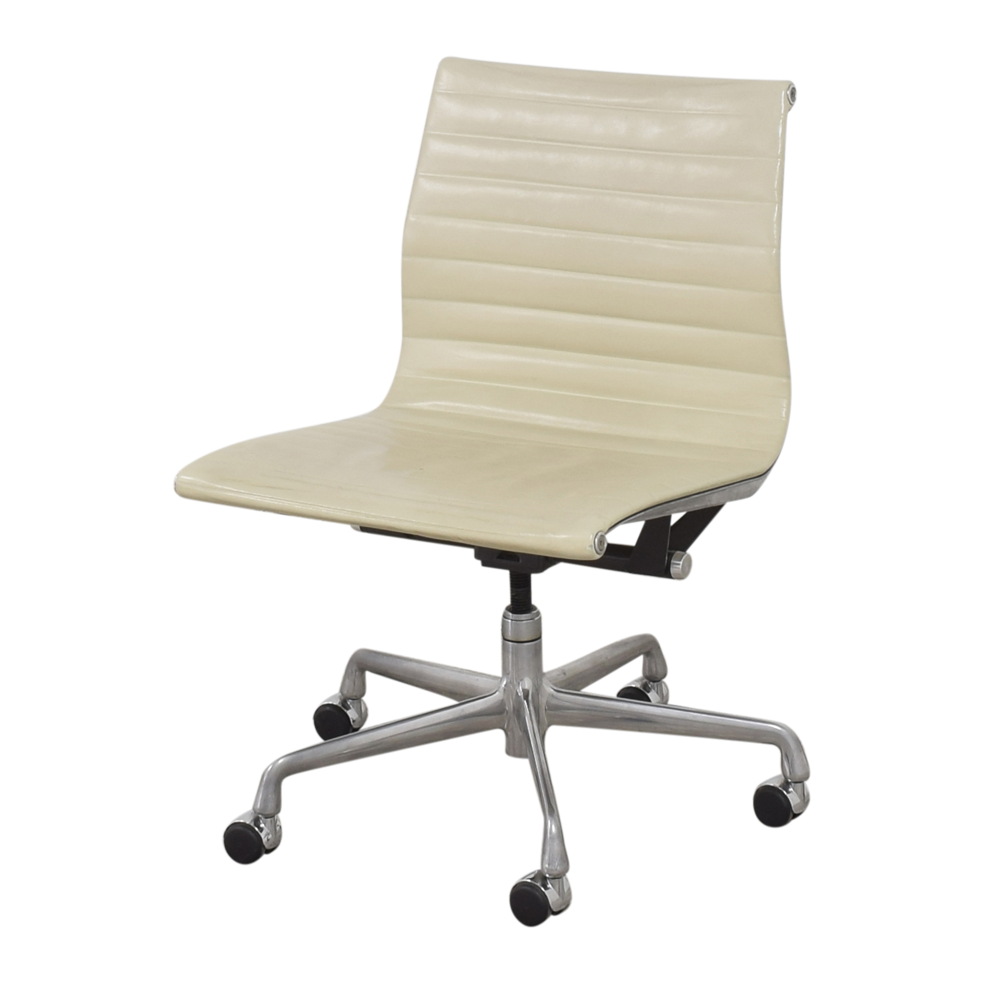 Knoll Knoll Eames Aluminum Group Management Chair coupon