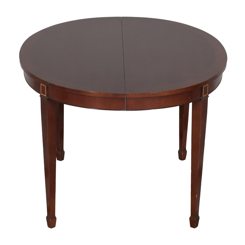 Kindel Kindel Round Extendable Dining Table ma