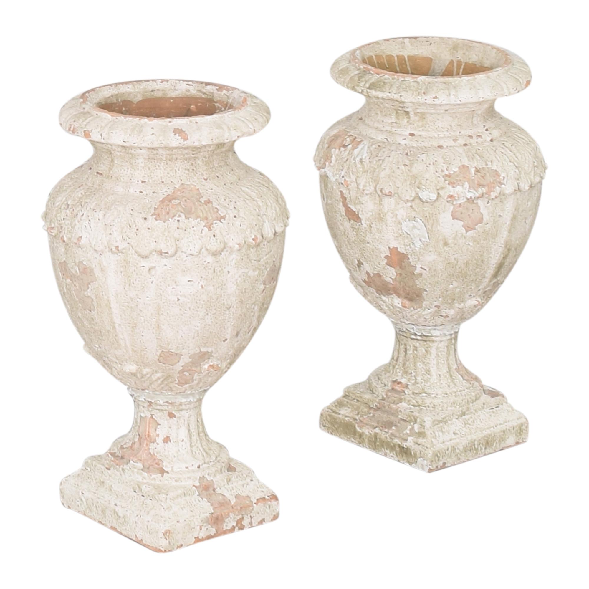 Decorative Distressed Urns discount