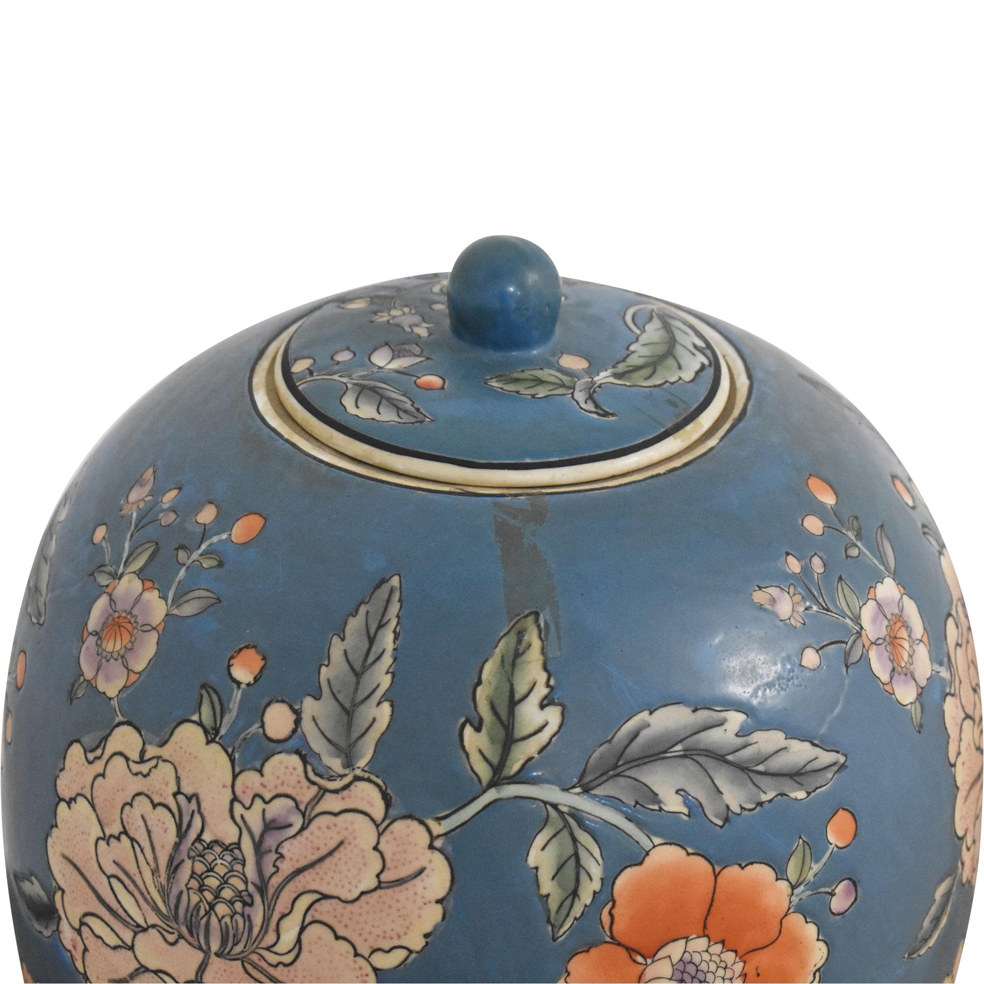Large Decorative Floral Urn used