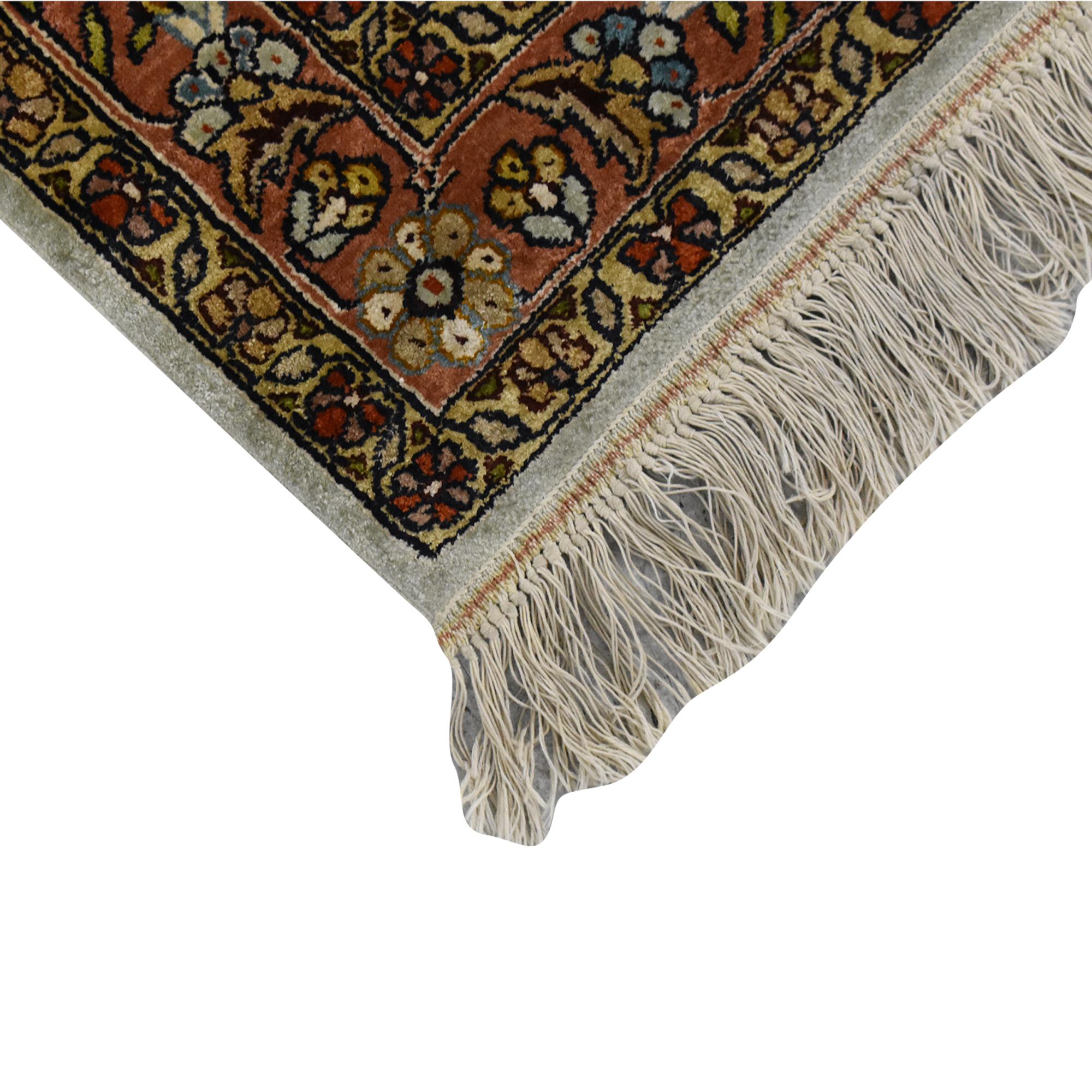 Persian-Style Area Rug ma