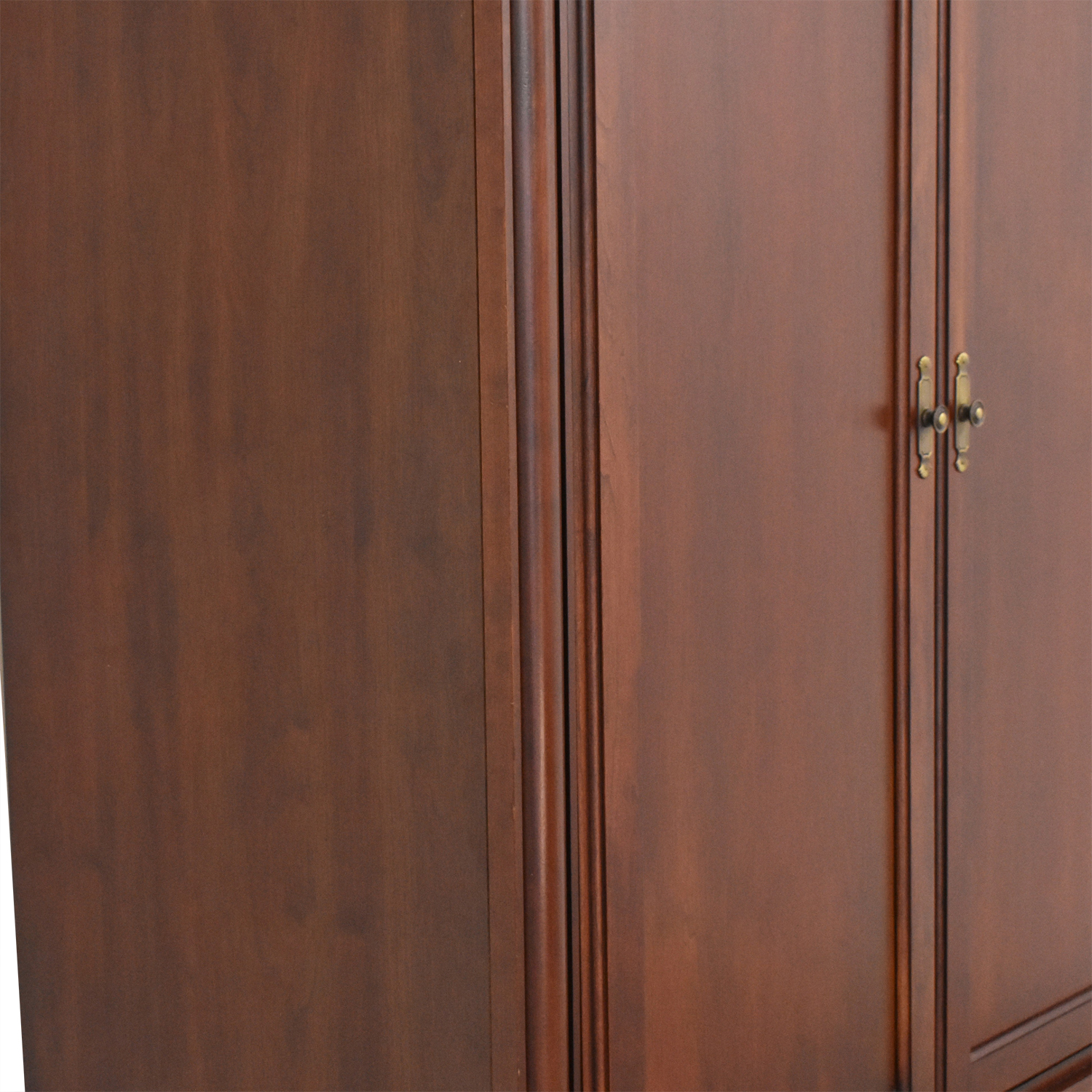 Ethan Allen Ethan Allen Medallion Media Armoire coupon