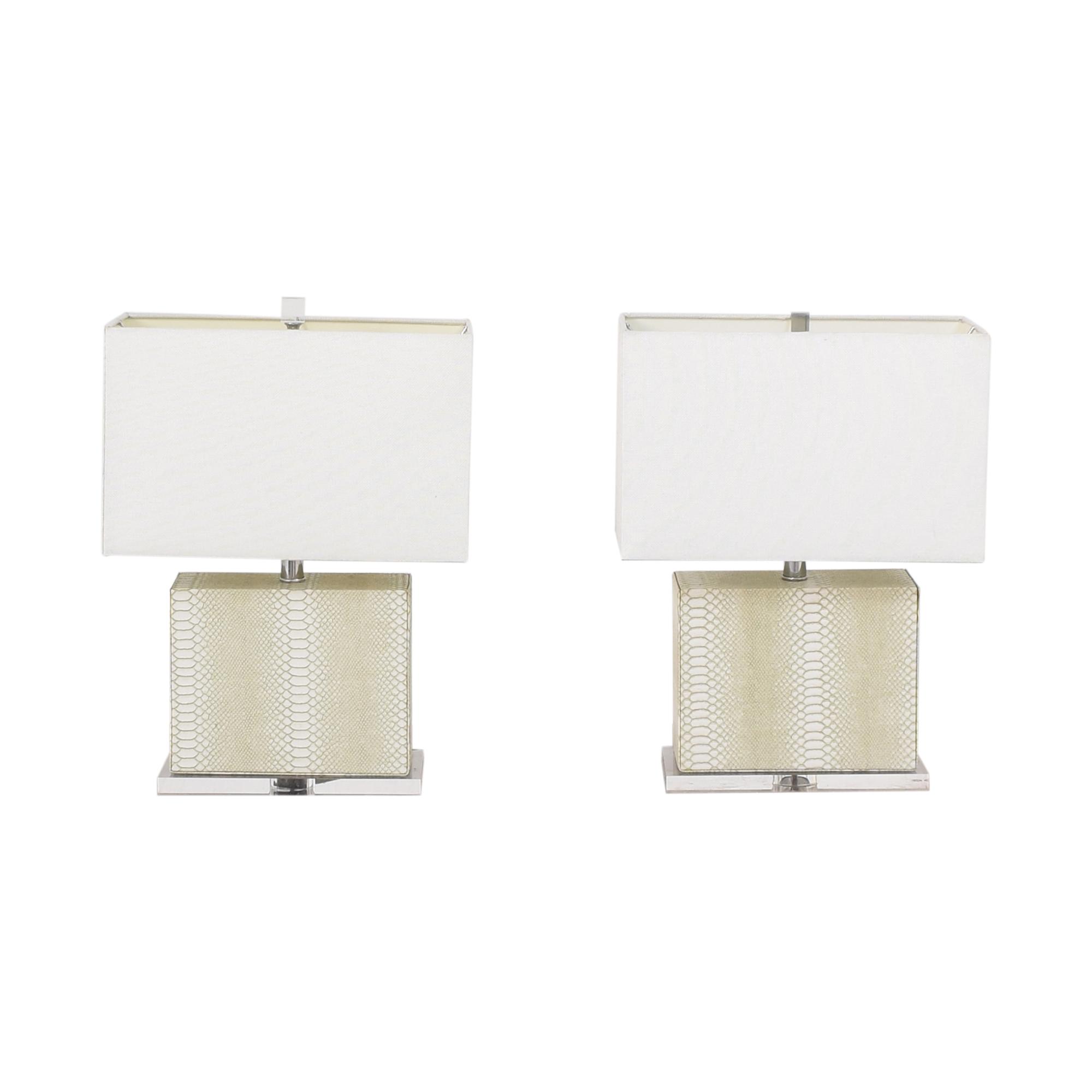 Safavieh Delia Table Lamps / Decor