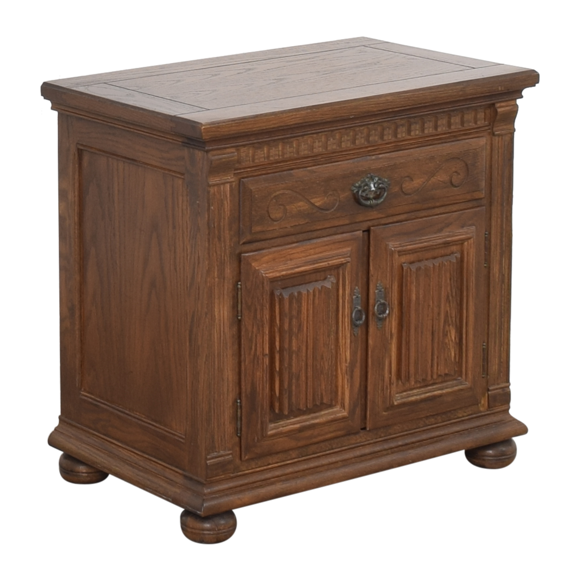 Ethan Allen Ethan Allen Royal Charter Commode Nightstand  discount