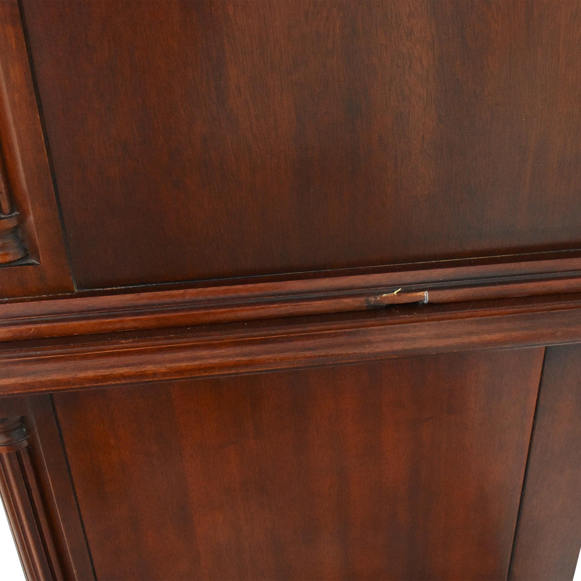 Thomasville Queen Anne Highboy / Dressers