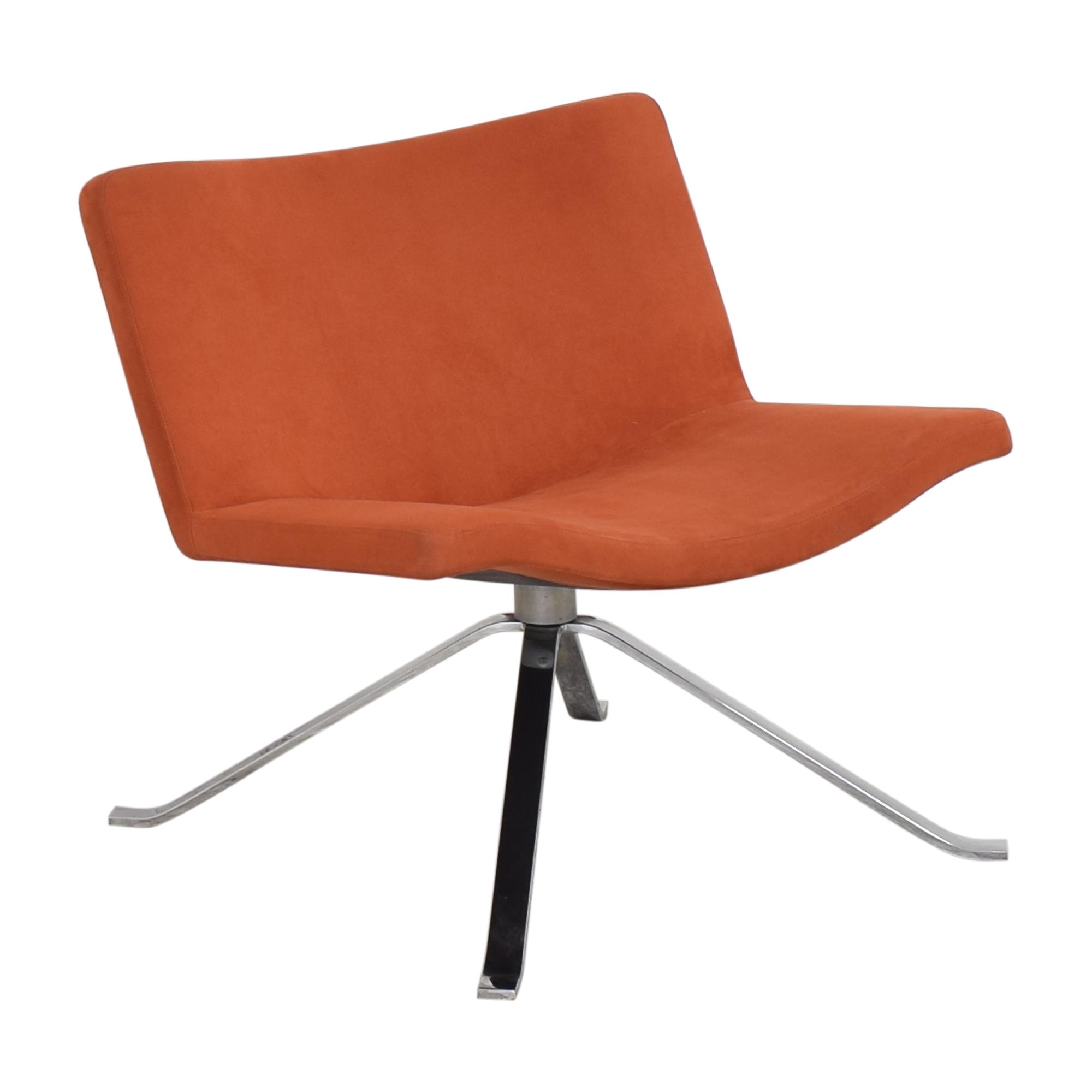 Tonon Tonon Wave Lounge Spider Base Chair pa