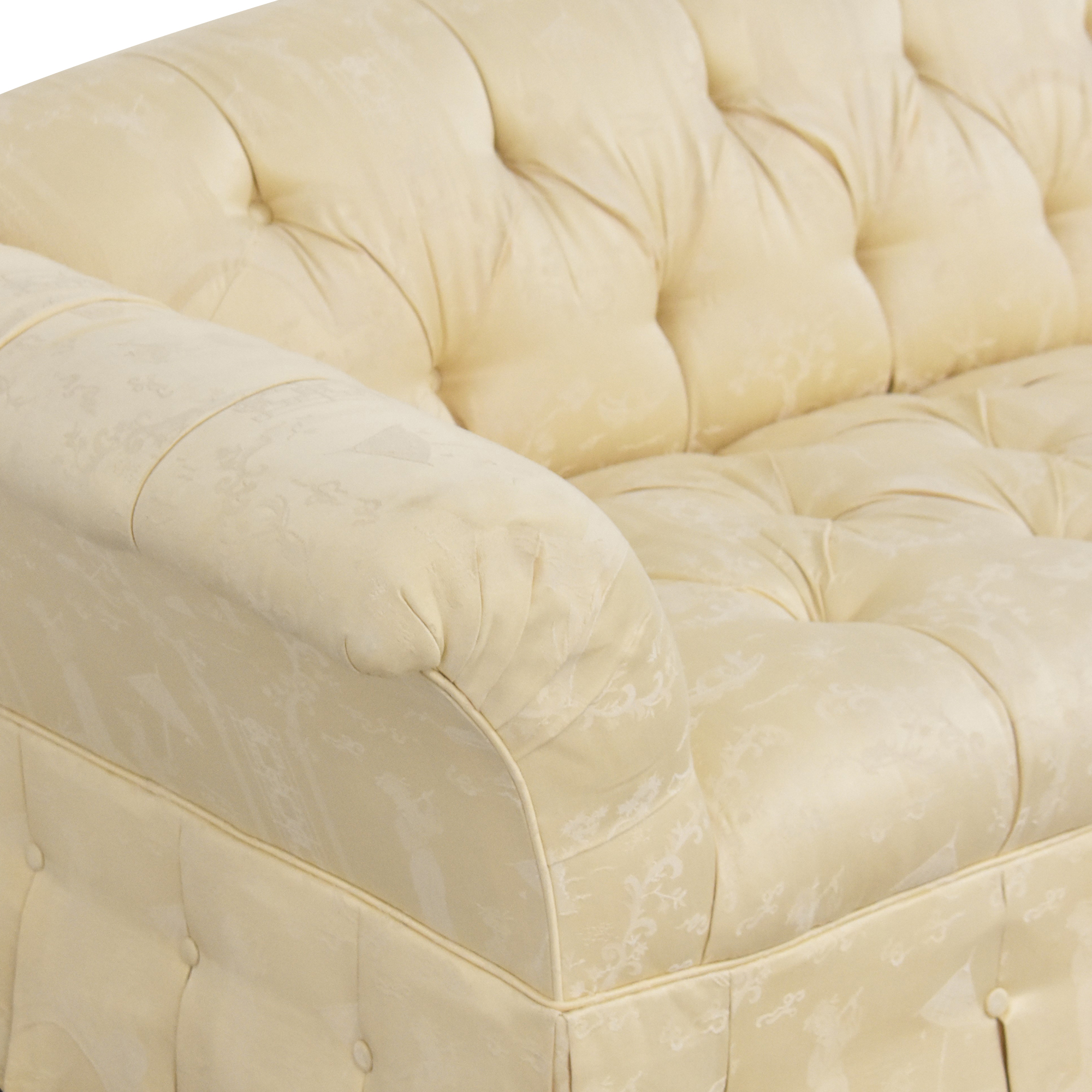 Tufted Bench Cushion Sofa second hand