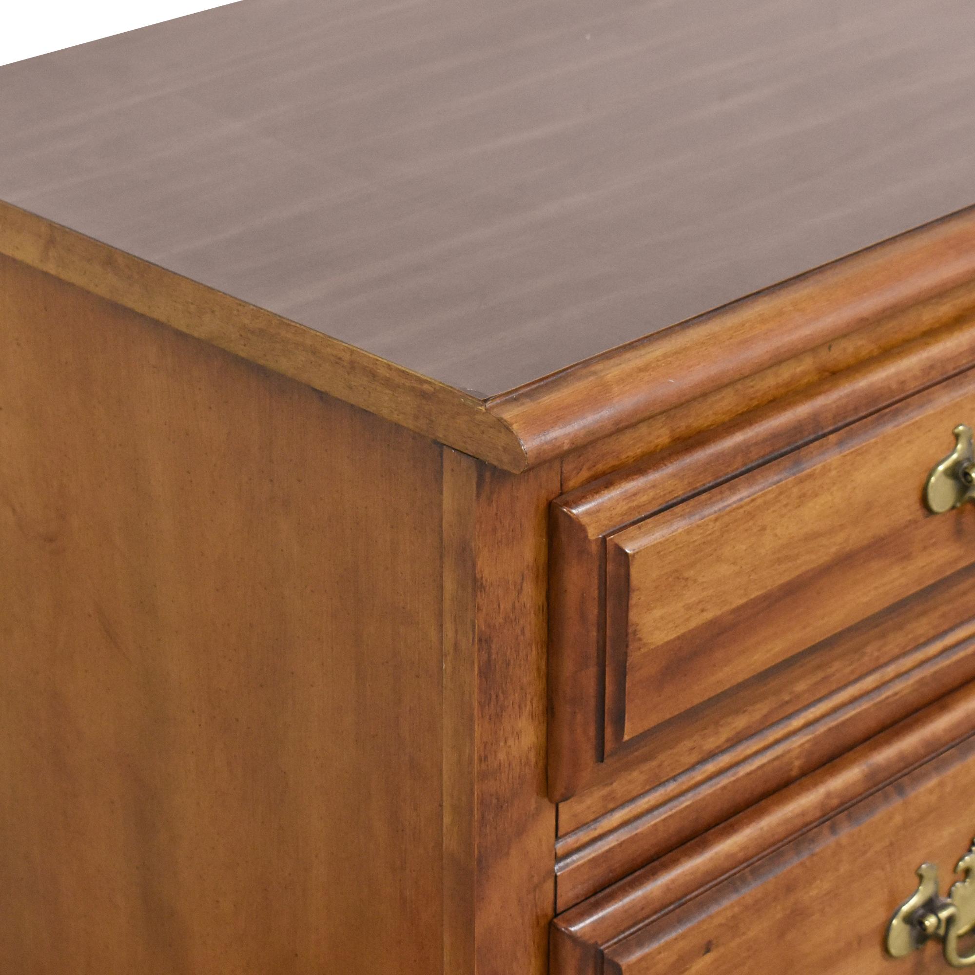 Dixie Furniture Company Dixie Furniture Company Six Drawer Dresser nj