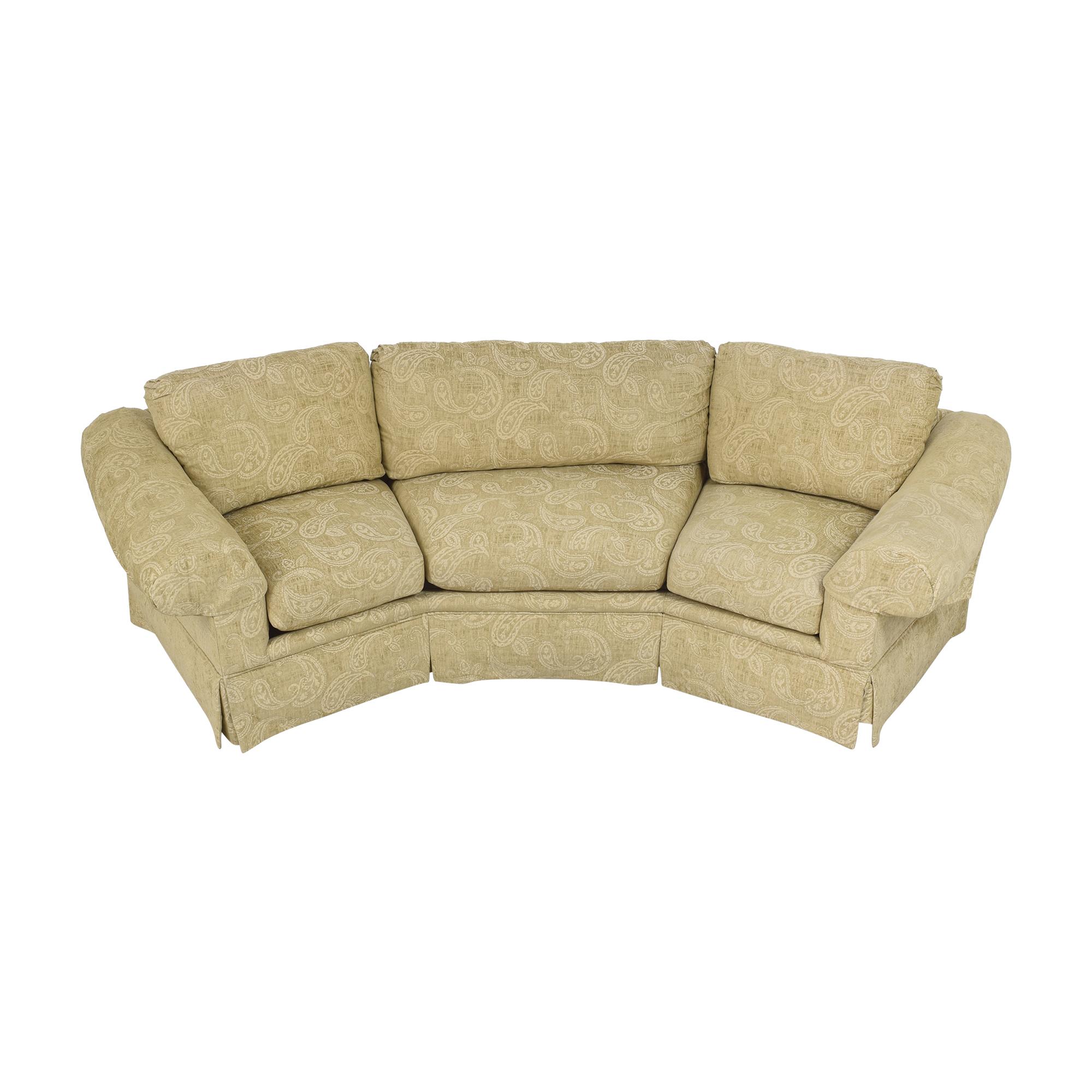 Thomasville Wedge Sofa / Classic Sofas
