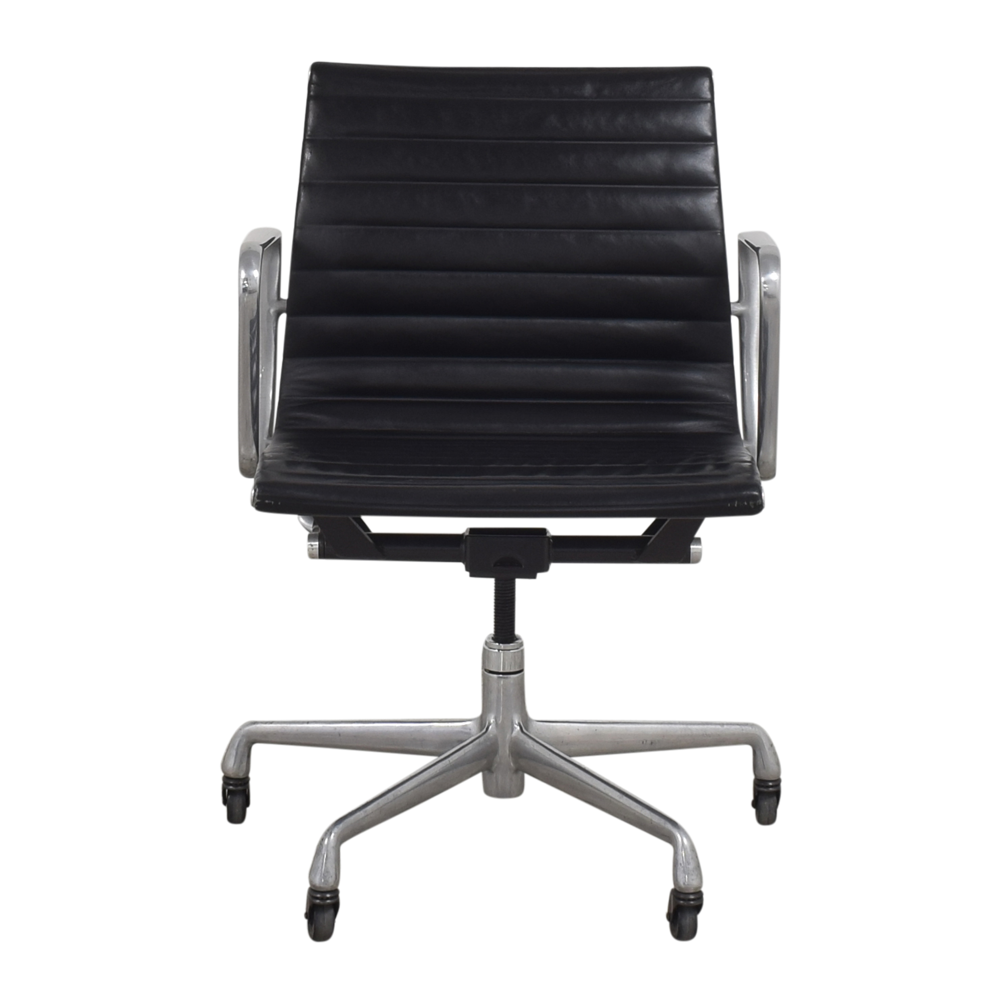 shop Herman Miller Eames Aluminum Group Management Chair Herman Miller Chairs
