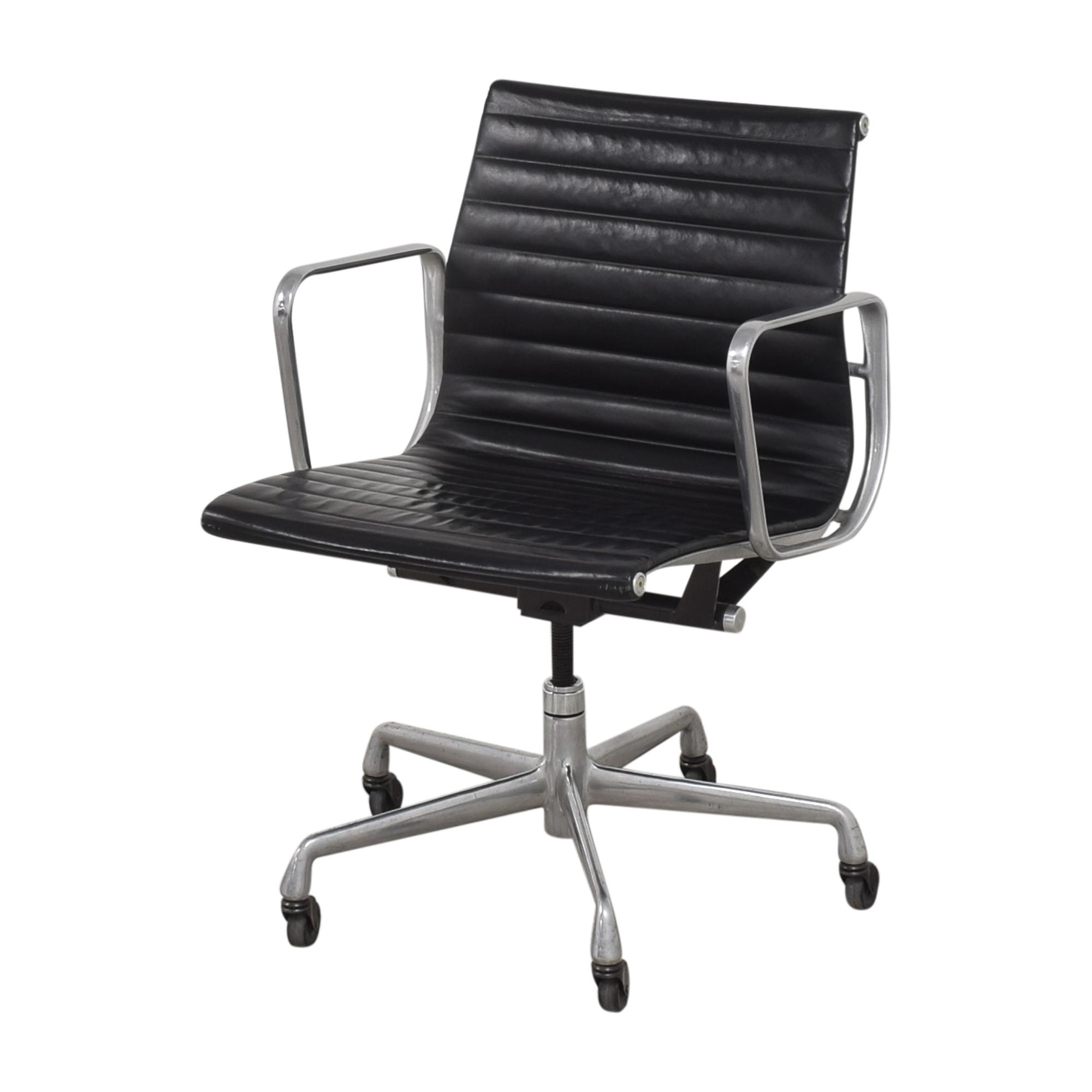 Herman Miller Herman Miller Eames Aluminum Group Management Chair for sale
