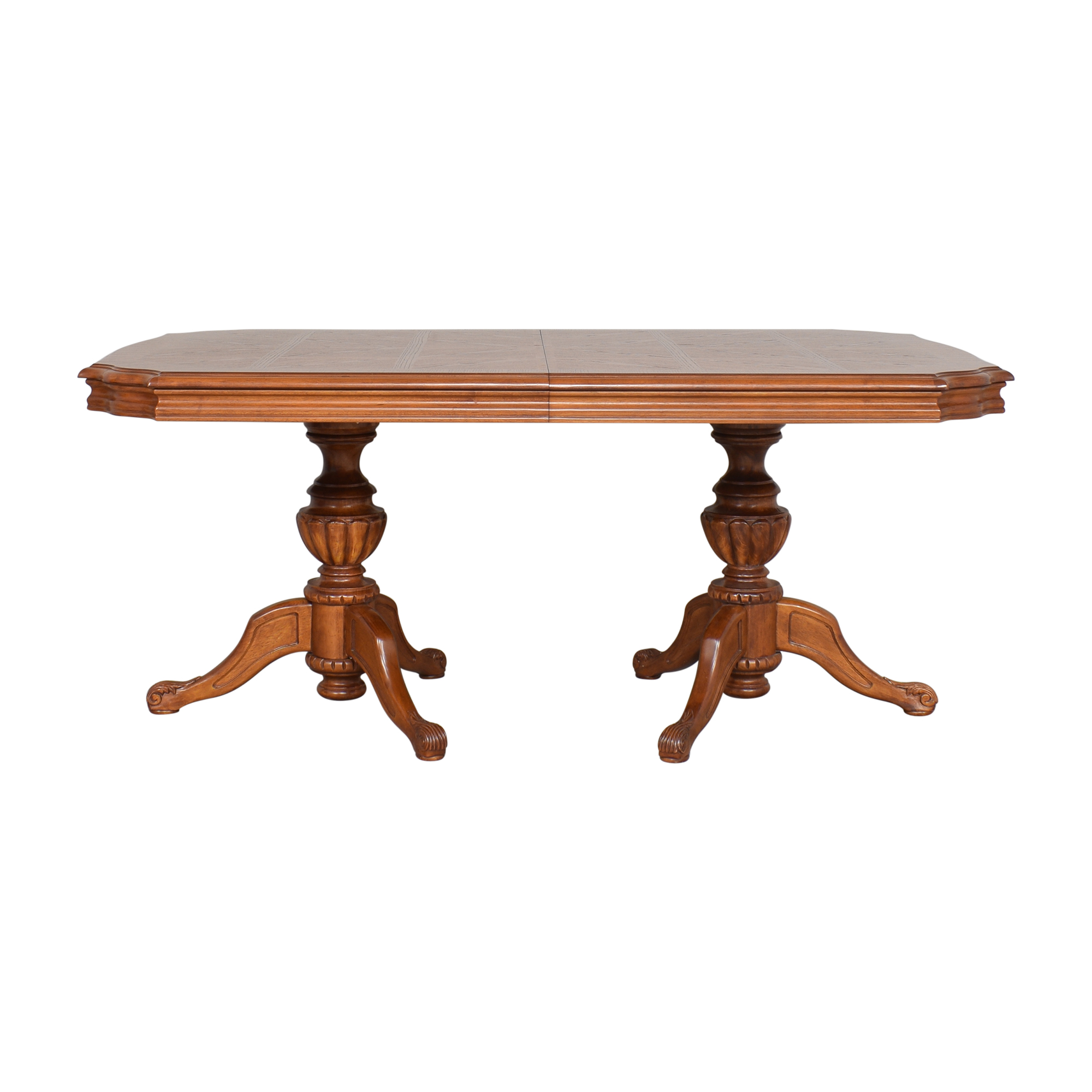 North Carolina Furniture Company North Carolina Furniture Extendable Dining Table pa