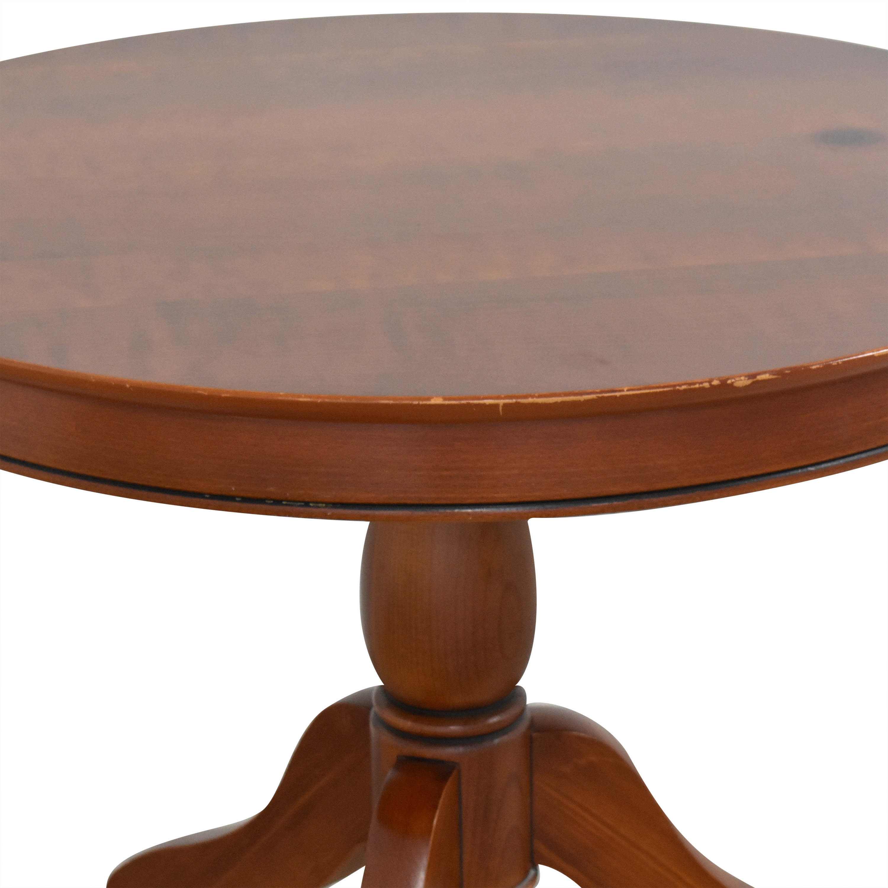 Grange Round Accent Table / Accent Tables