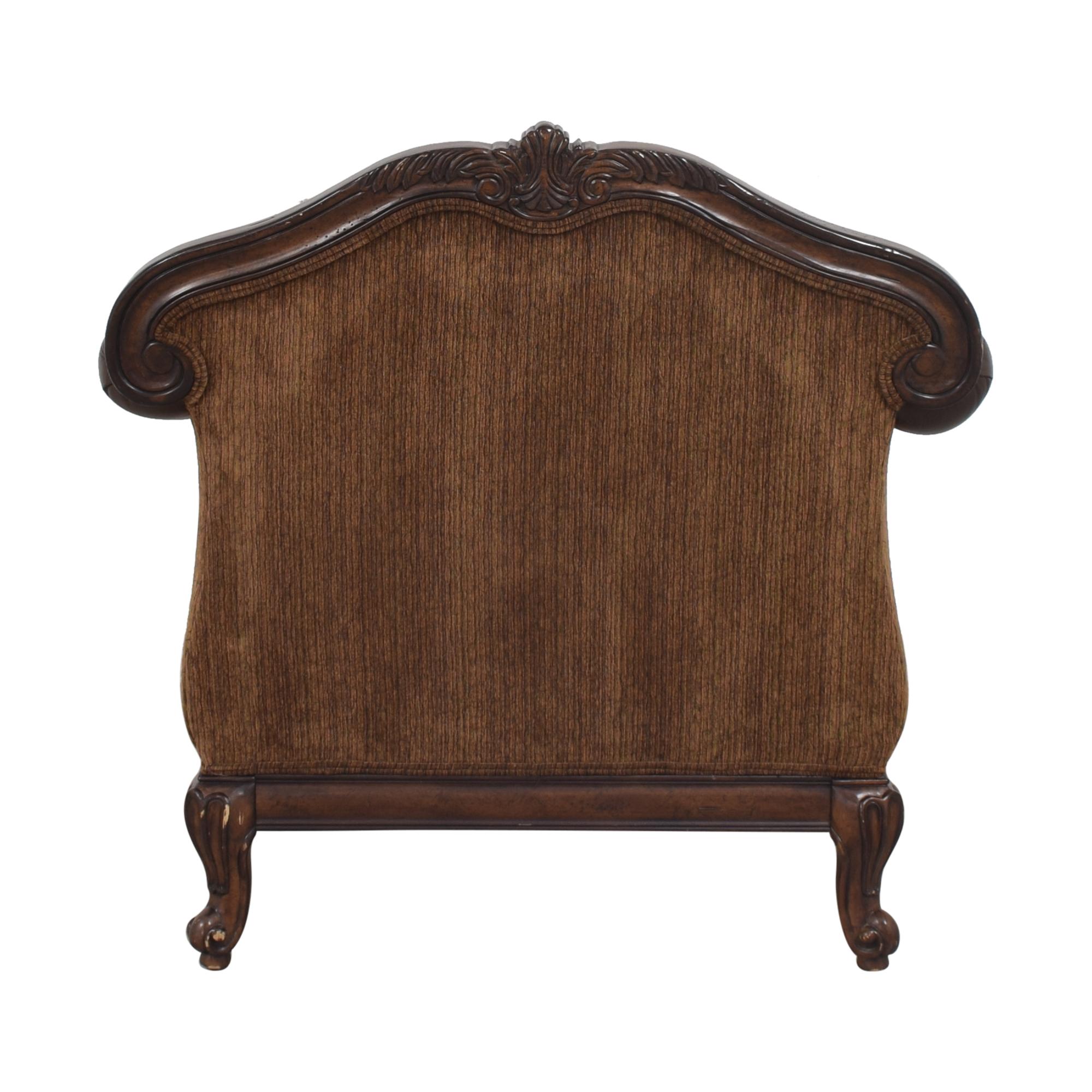 Raymour & Flanigan Raymour & Flanigan Natalia Chair with Ottoman used