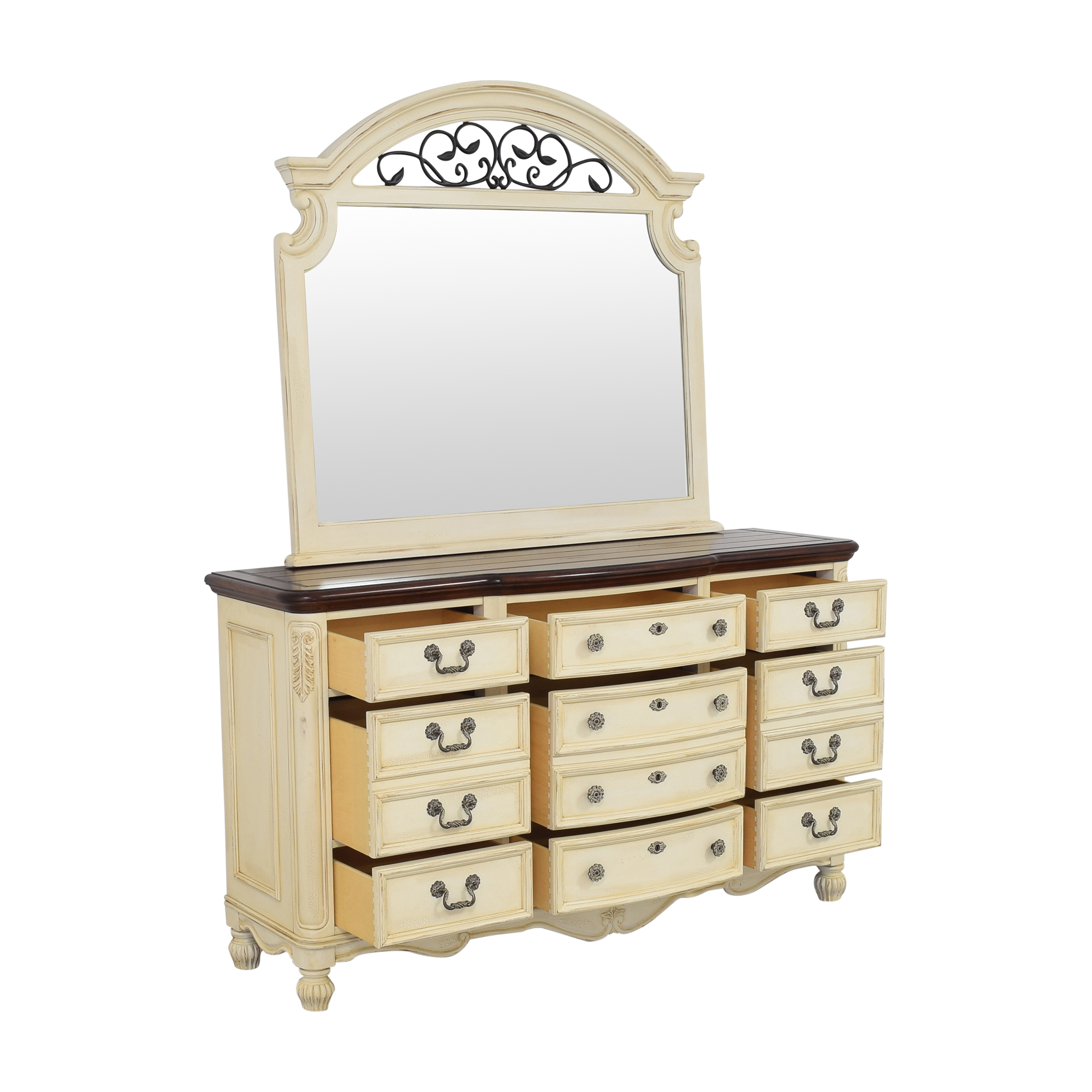 Thomasville Thomasville Triple Dresser and Mirror nyc