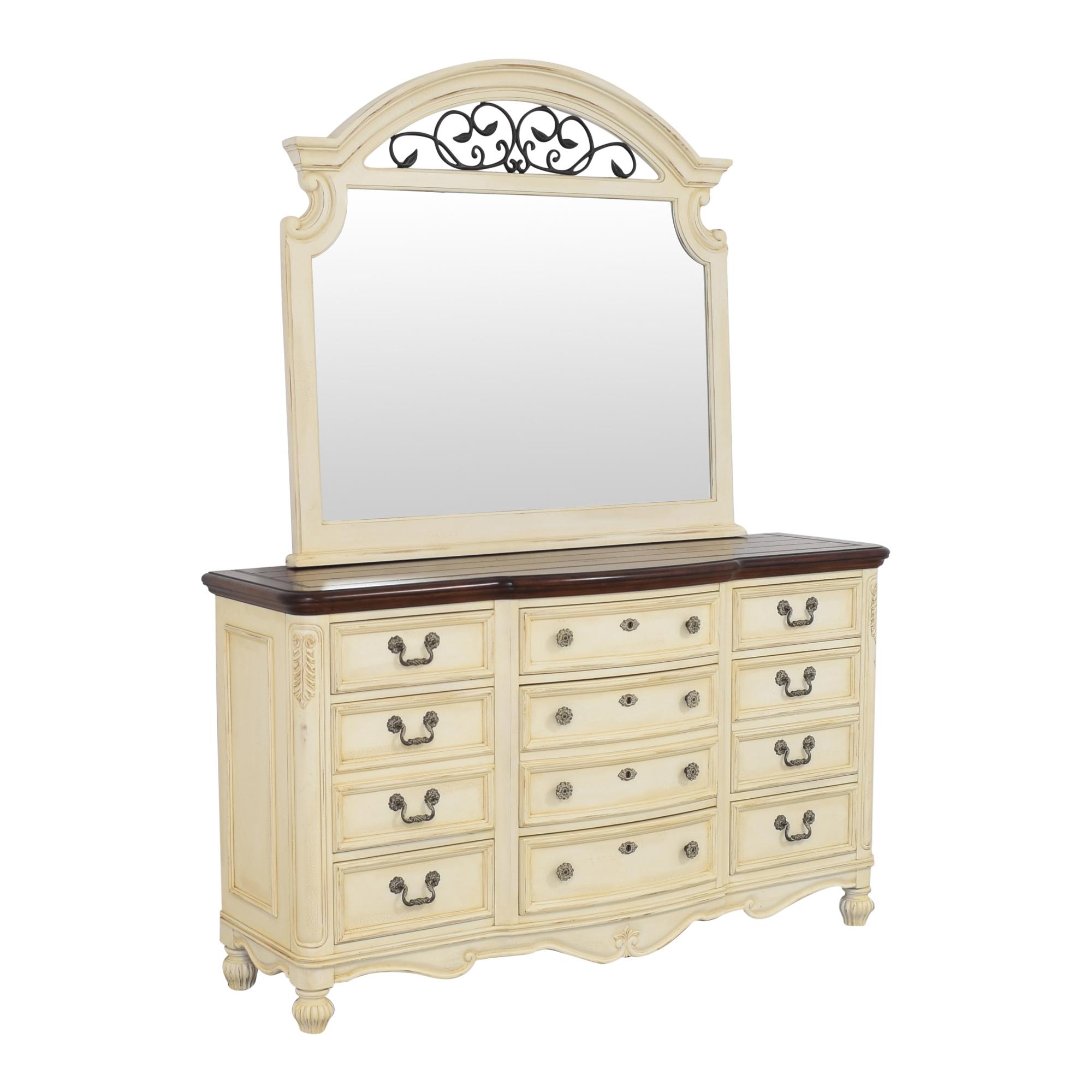 Thomasville Thomasville Triple Dresser and Mirror brown & beige