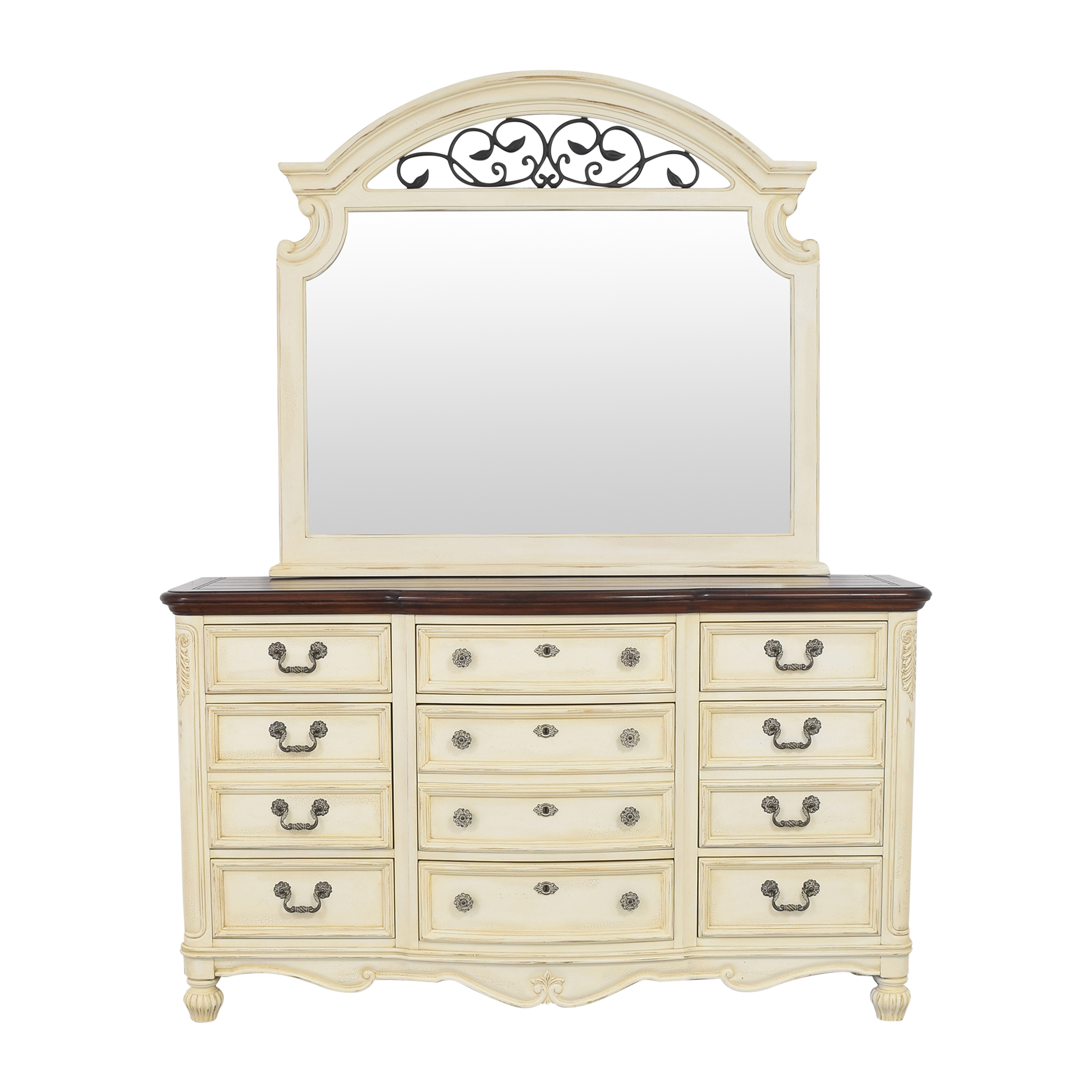Thomasville Thomasville Triple Dresser and Mirror used