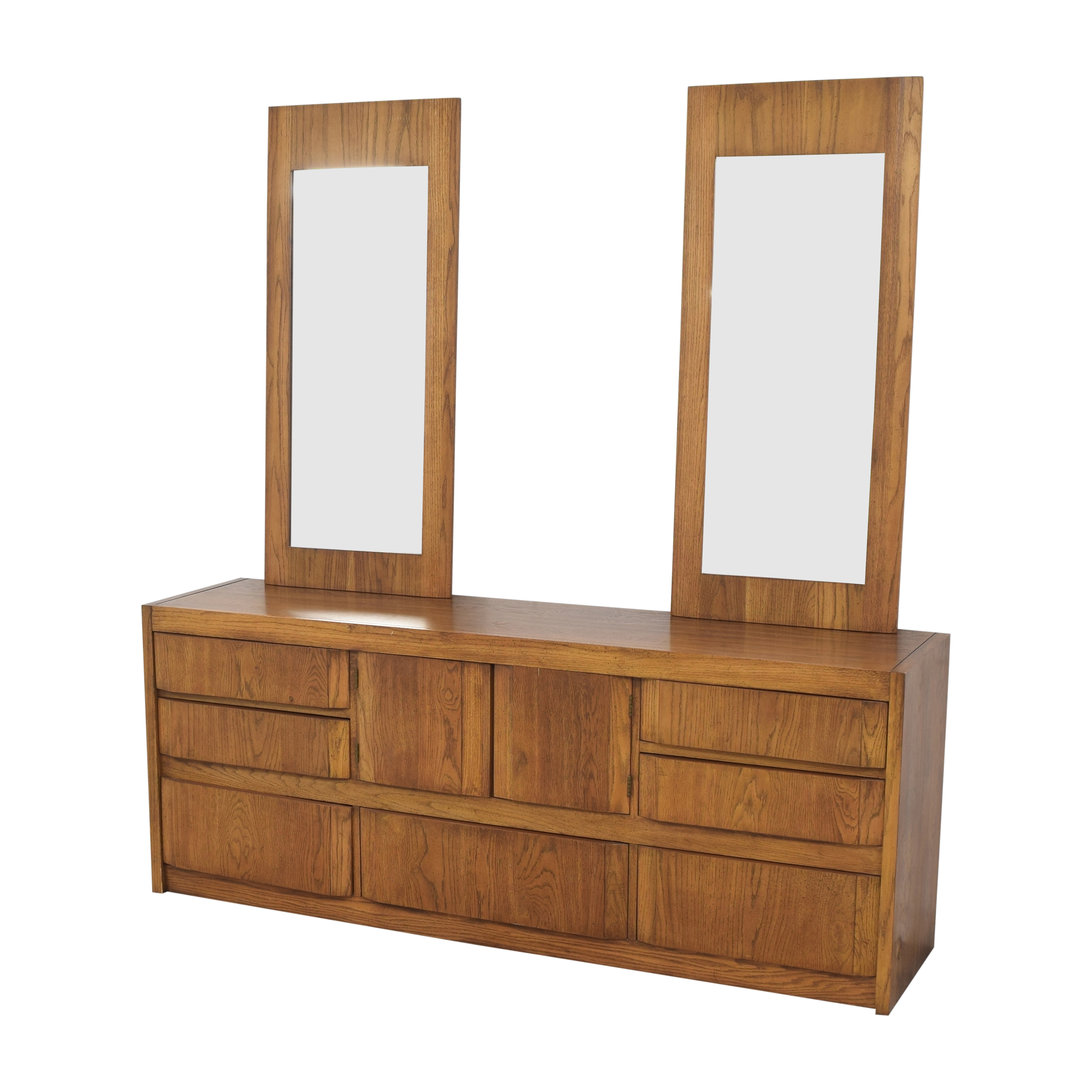 Huntley by Thomasville Triple Dresser with Mirrors Thomasville