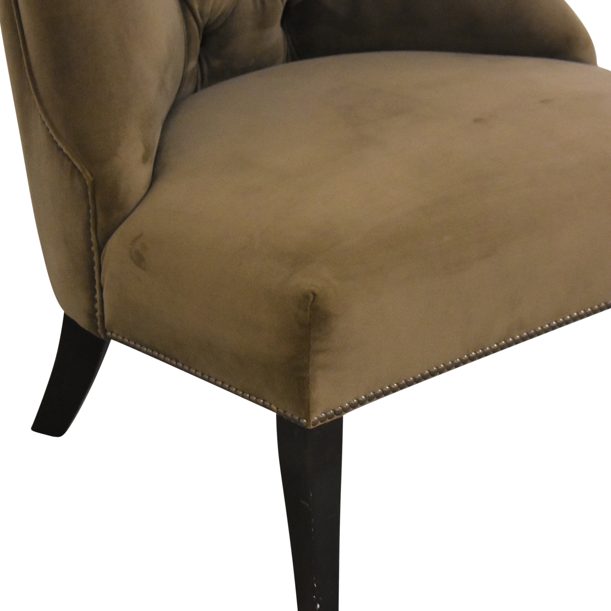 Patagonia Tufted Accent Chair / Chairs