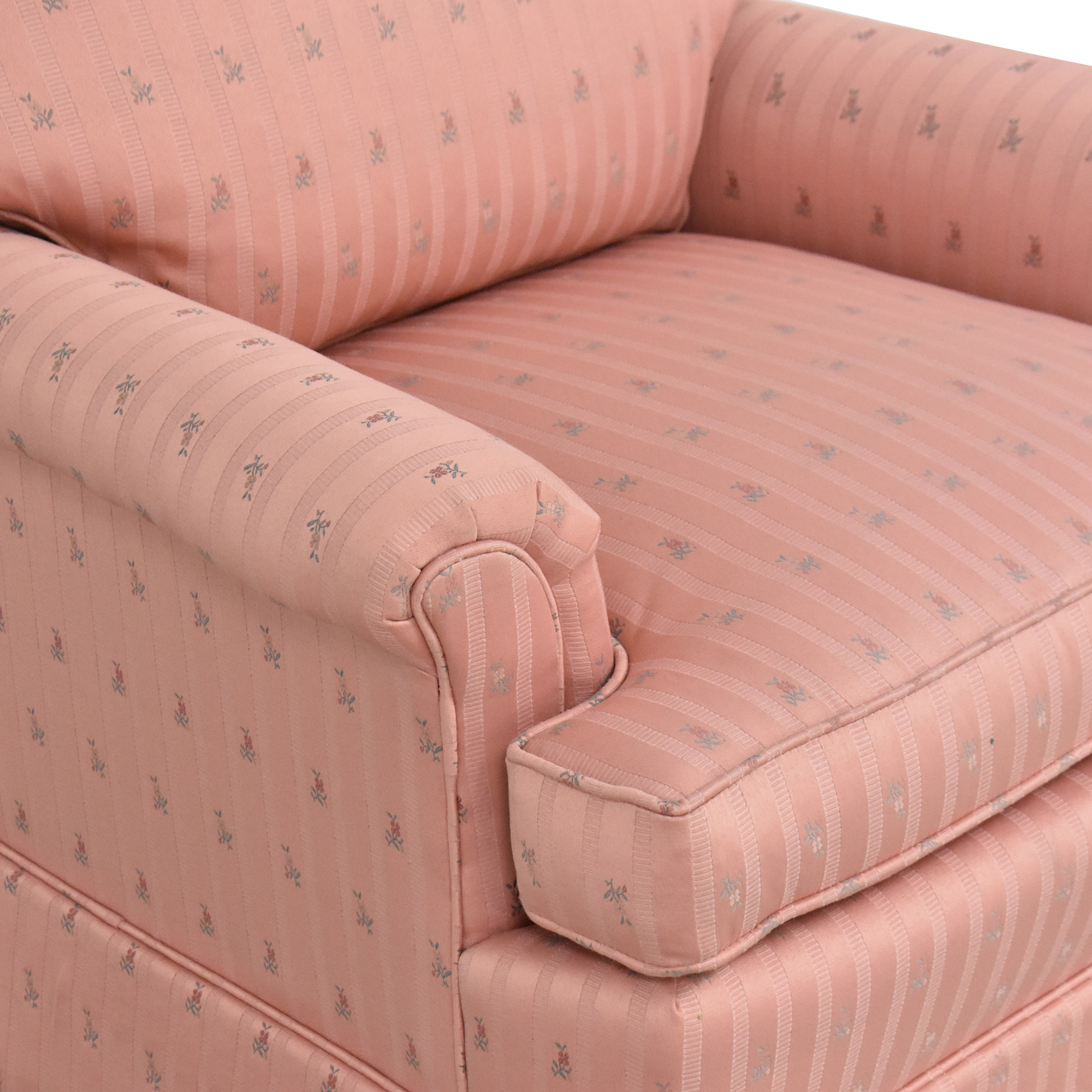 Perfection Furniture Co. Perfection Furniture Skirted Accent Chair used