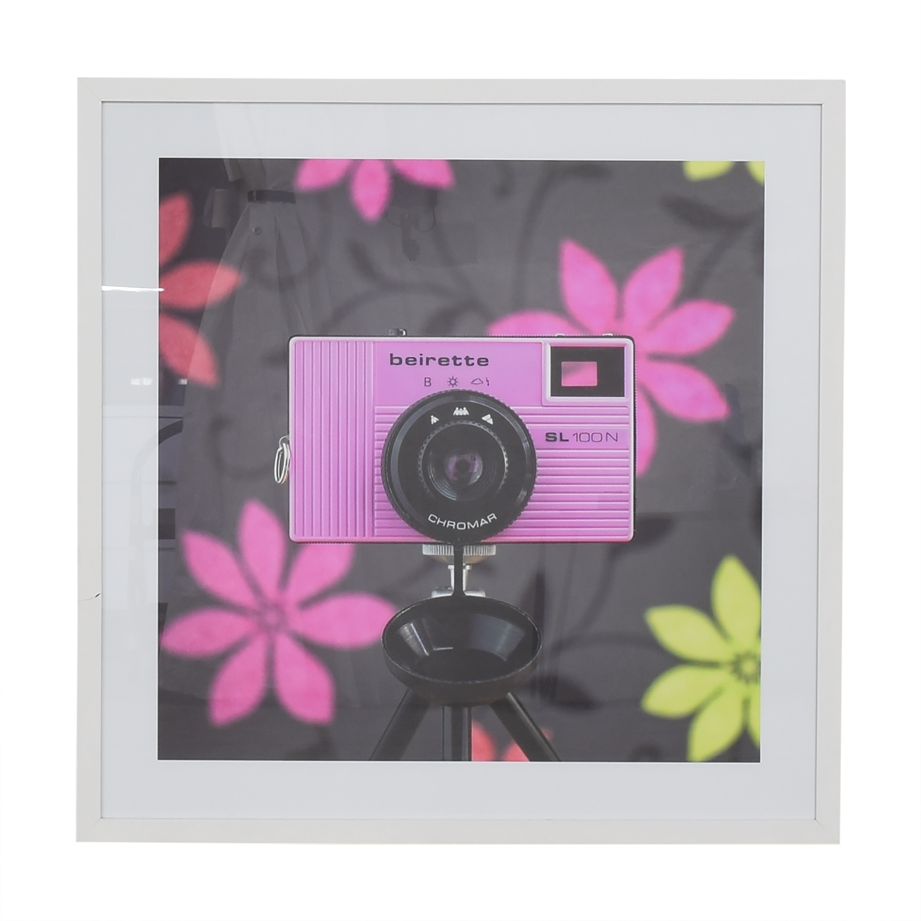 Flynn Newton CameraSelfie #34 Framed Wall Art ma