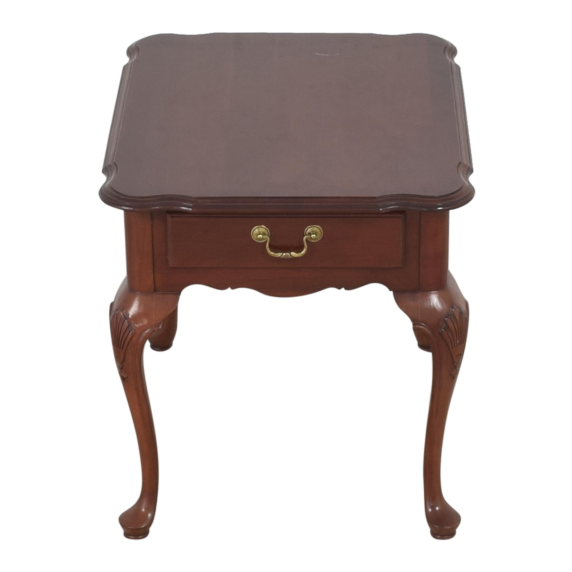 Ethan Allen Ethan Allen Queen Anne End Table nj