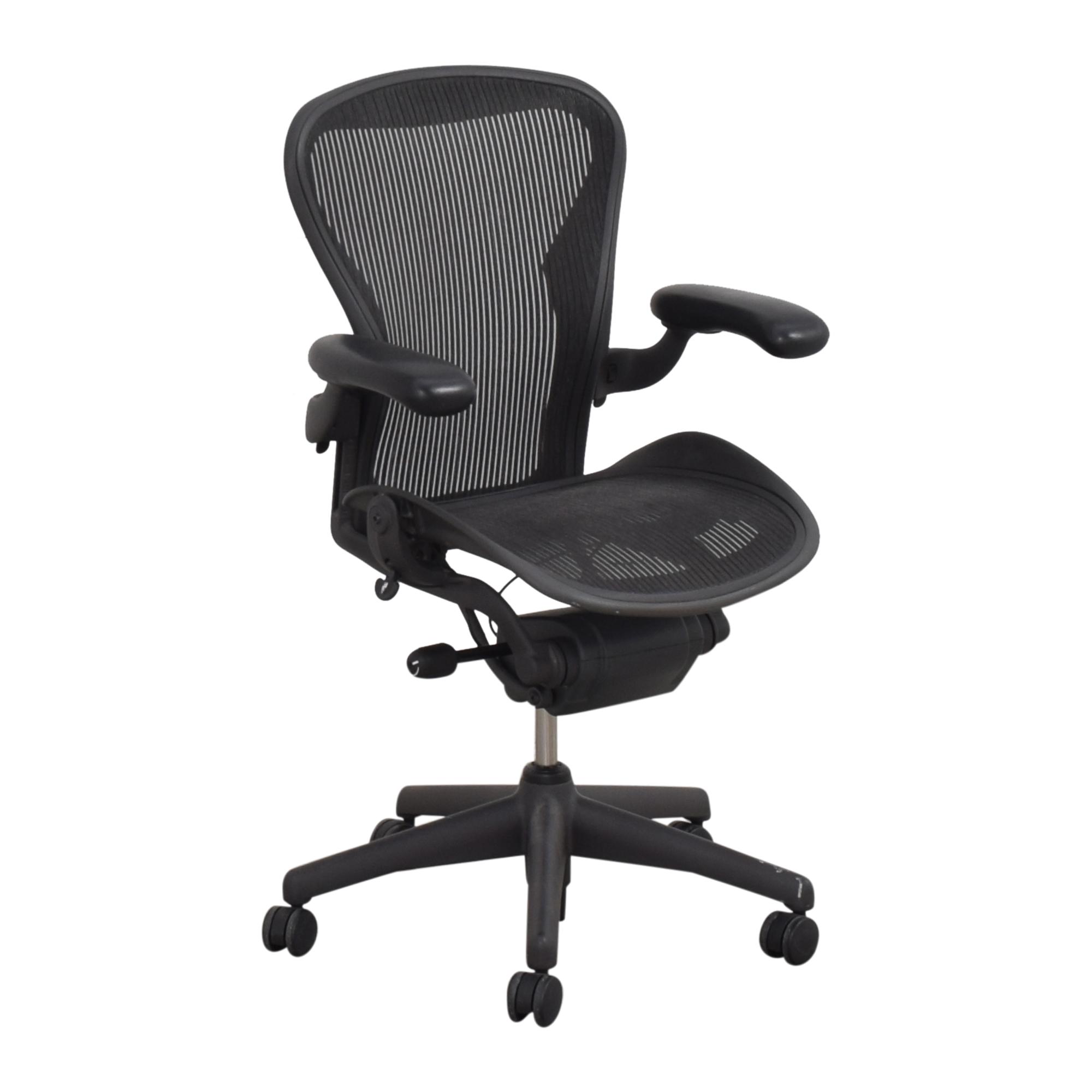 Herman Miller Herman Miller Size B Aeron Chair black