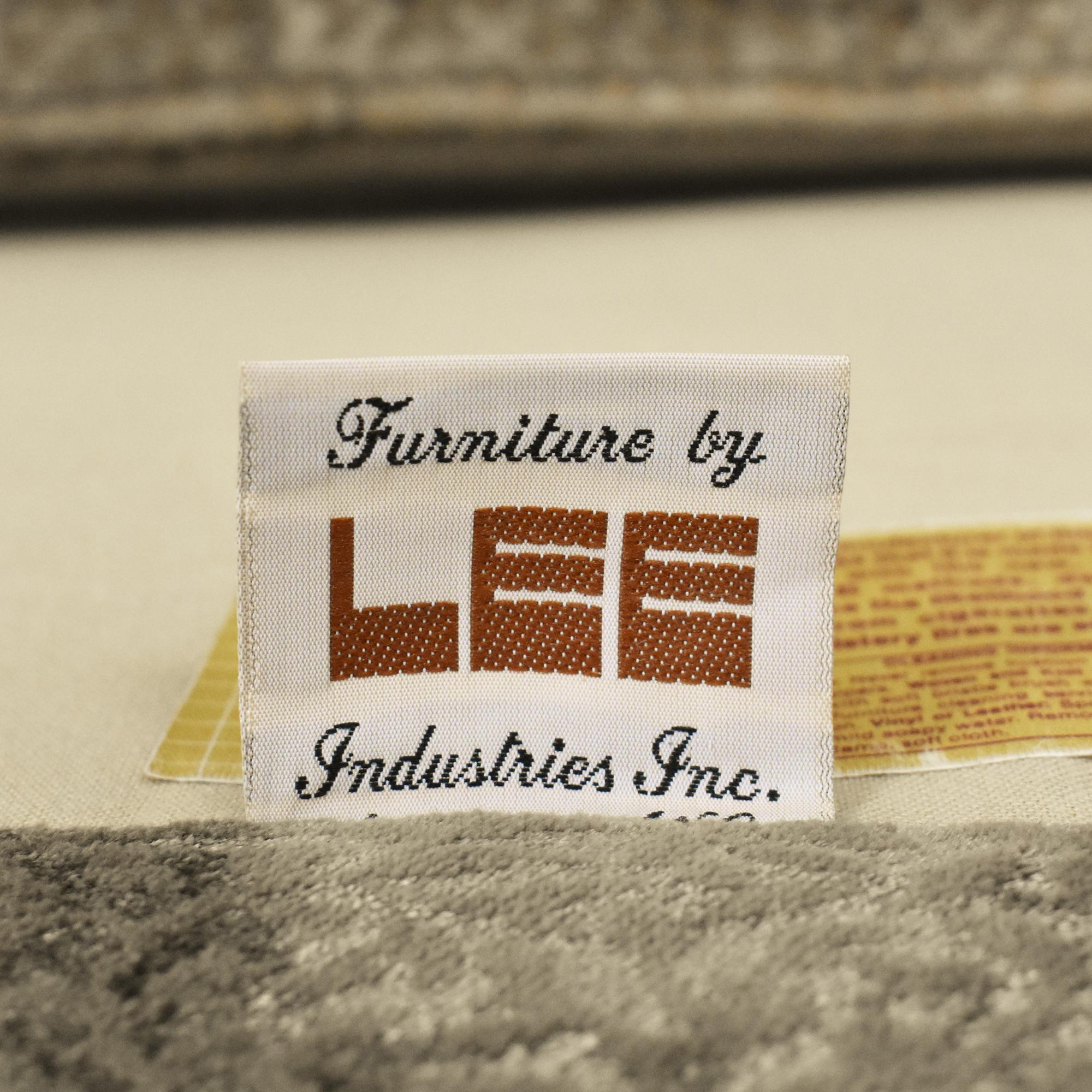 Lee Industries Lee Industries Roll Arm Loveseat dimensions