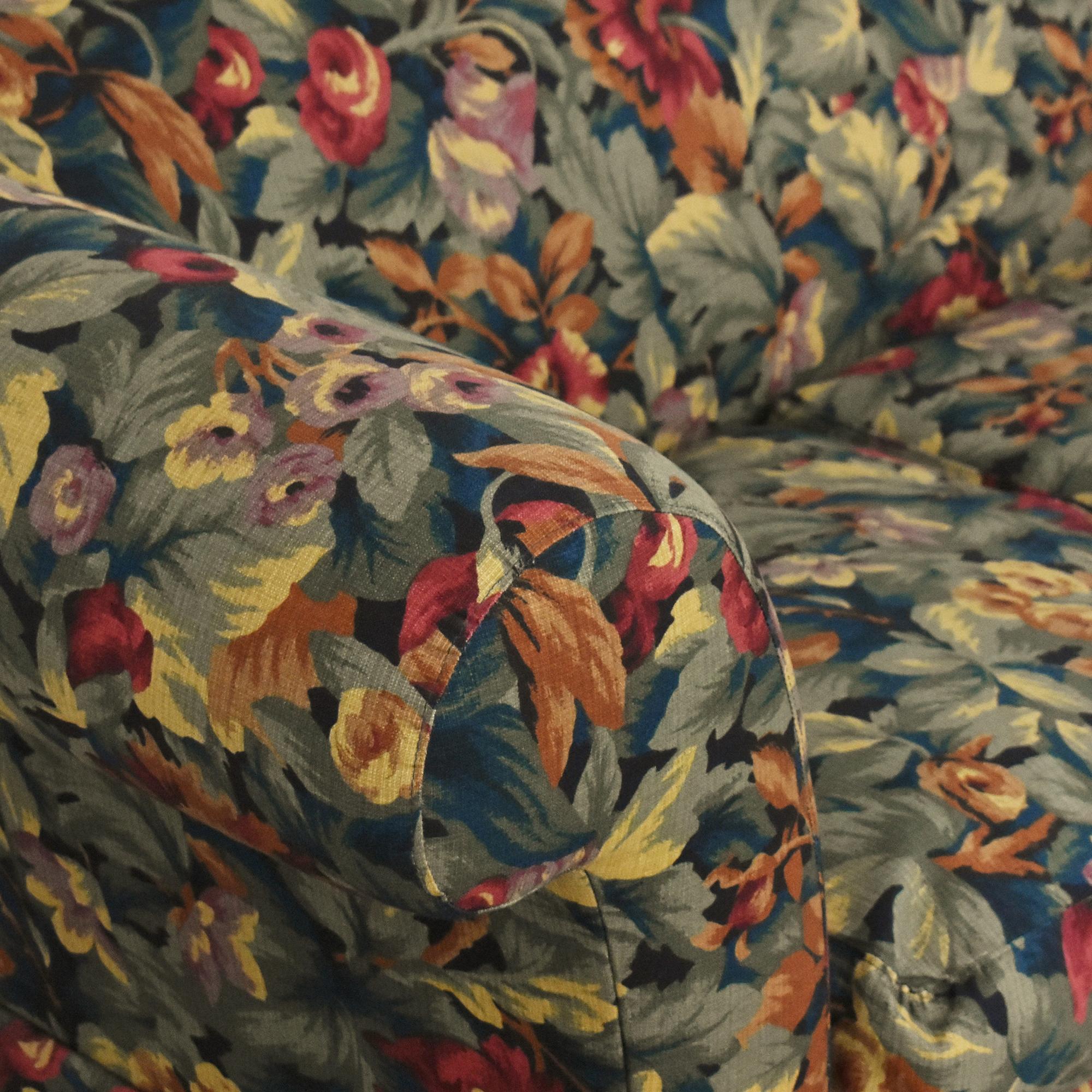Floral Three Cushion Sofa / Classic Sofas