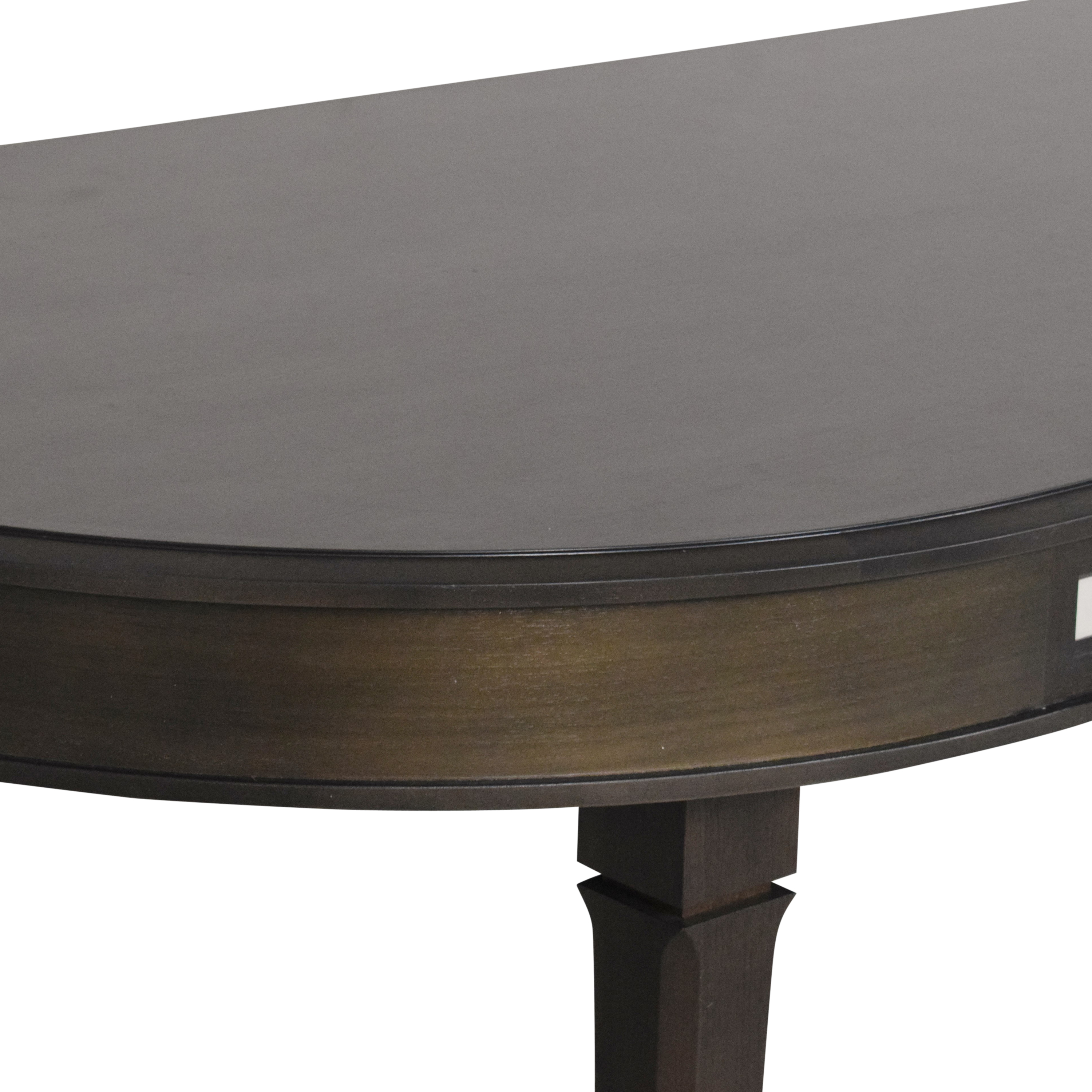 The New Traditionalists Oval Dining Table / Dinner Tables
