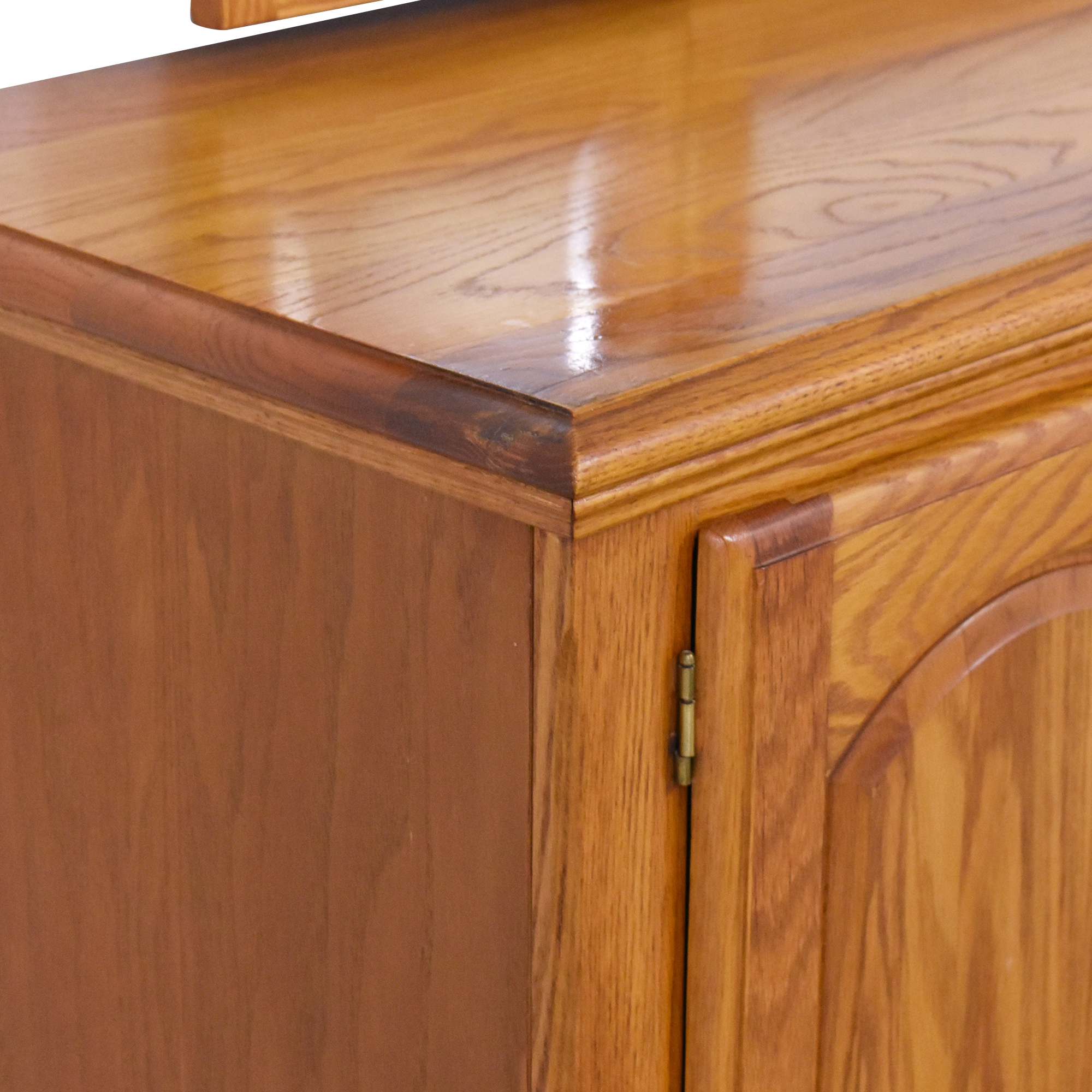 Nathan Hale Nathan Hale Door Dresser and Triple Mirror dimensions