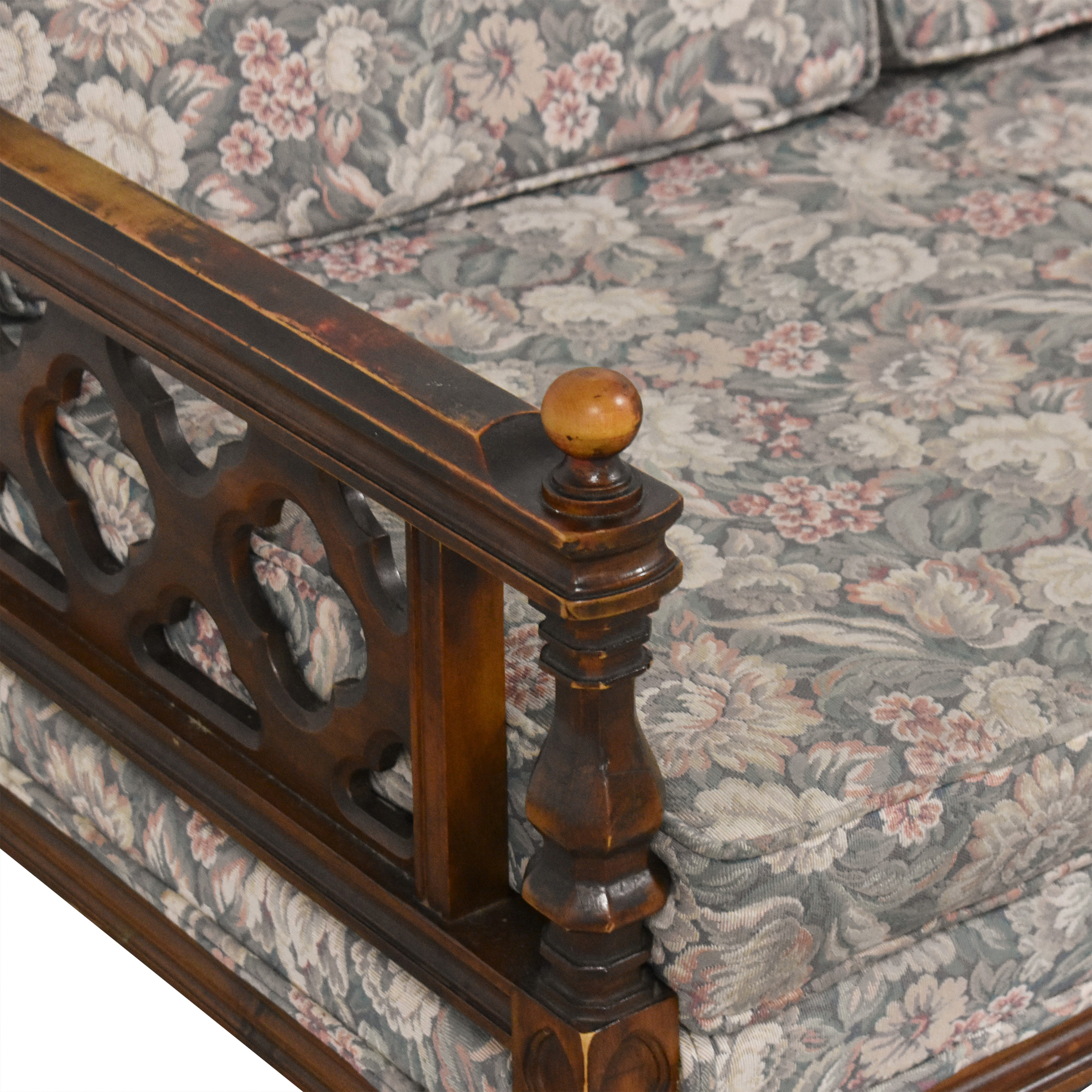 American of Martinsville Floral Sofa / Sofas