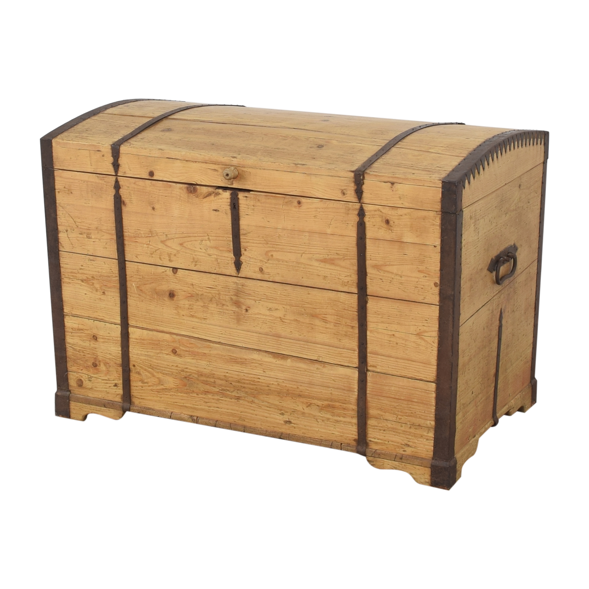 Rustic Storage Trunk coupon