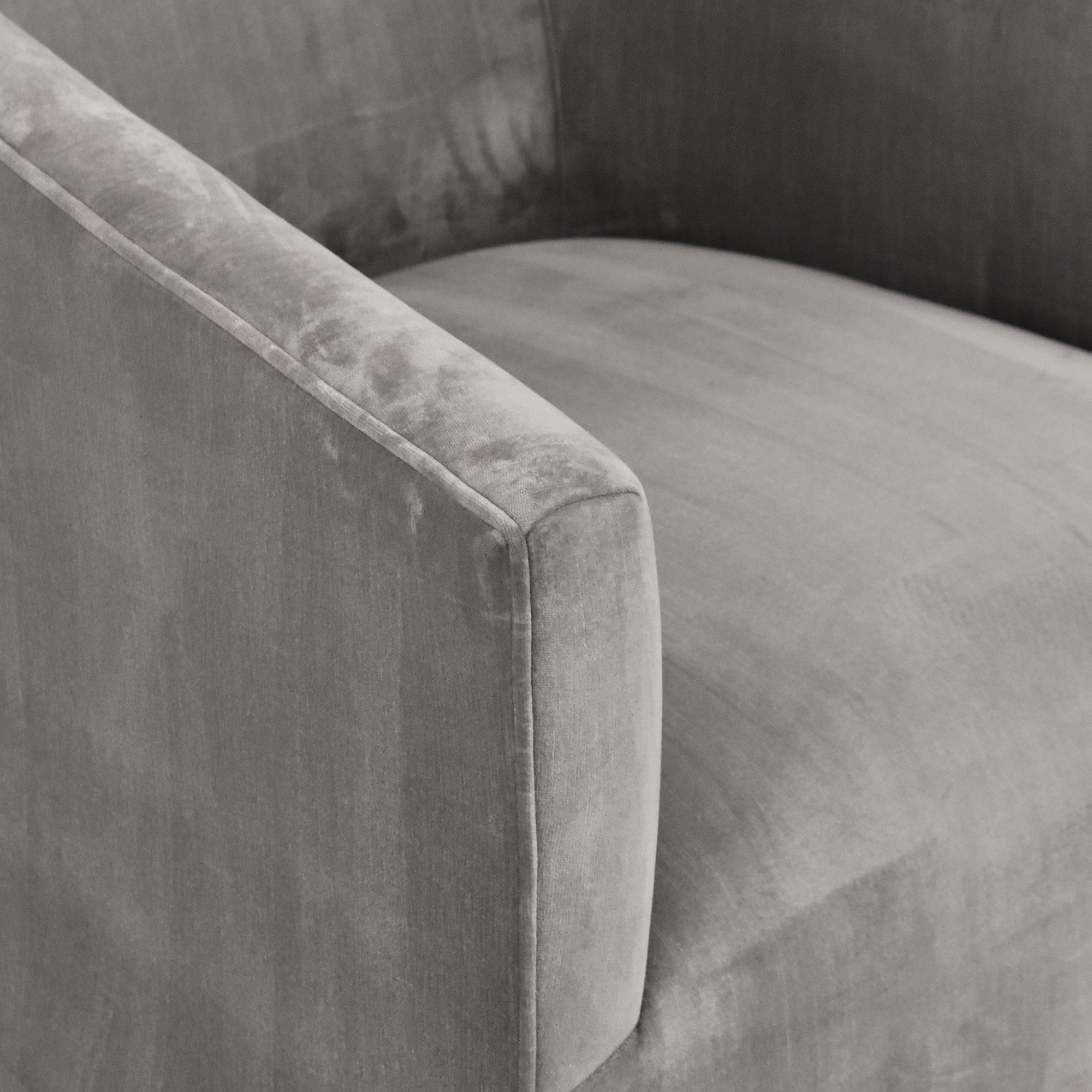 Restoration Hardware Restoration Hardware Italian Shelter Arm Swivel Chair ma
