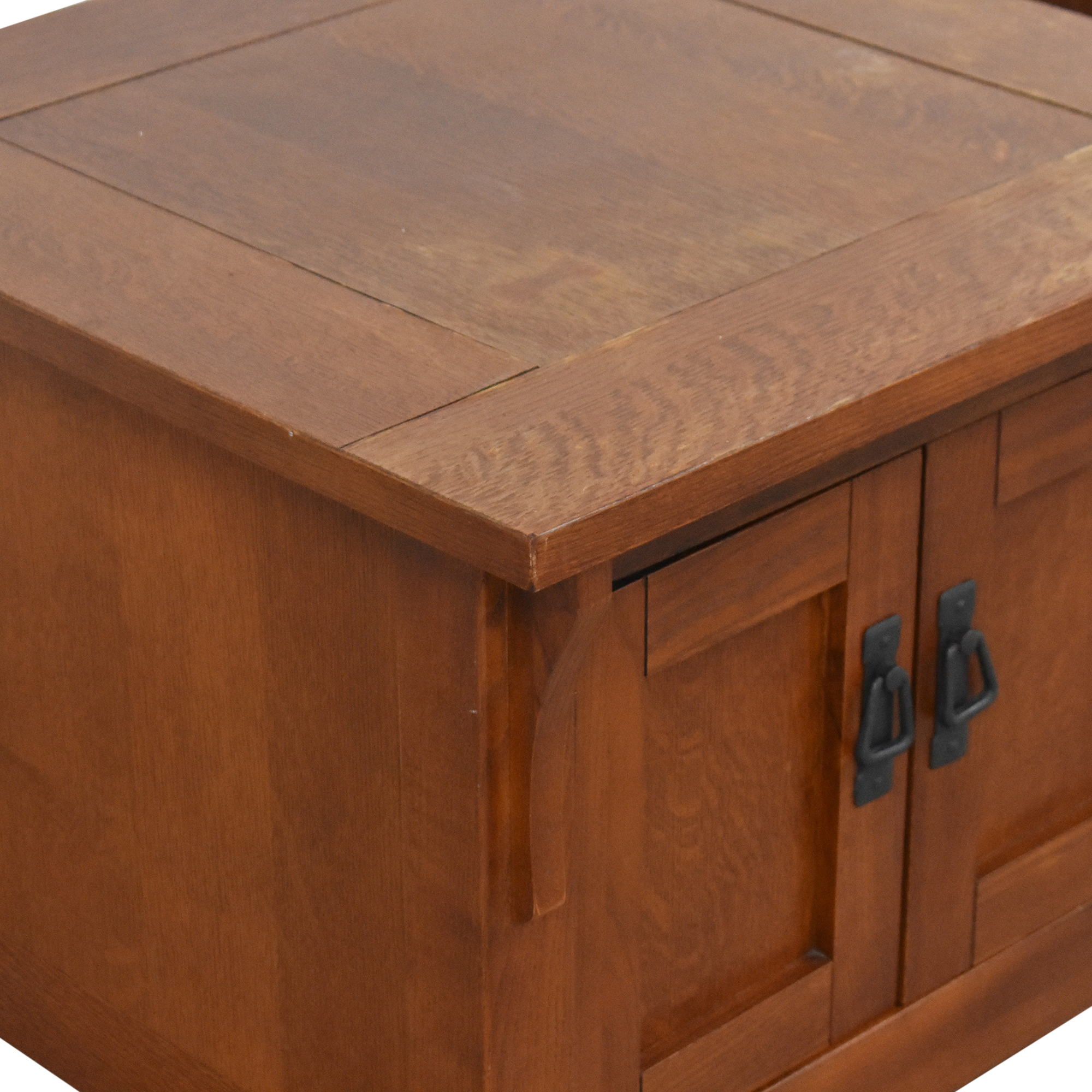 shop Bassett Furniture Two Door End Tables Bassett Furniture End Tables