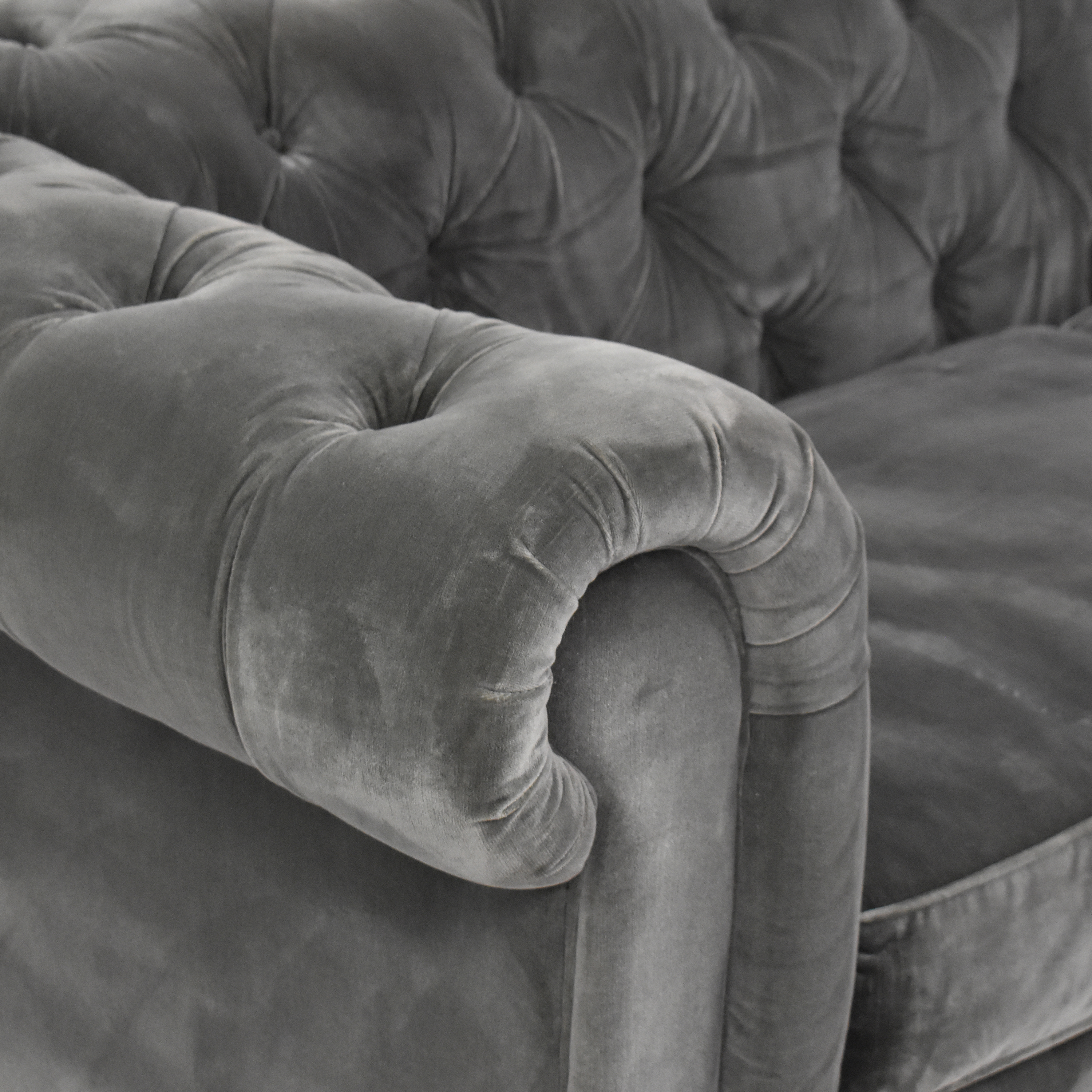 Restoration Hardware Restoration Hardware Kensington Chesterfield Sofa coupon