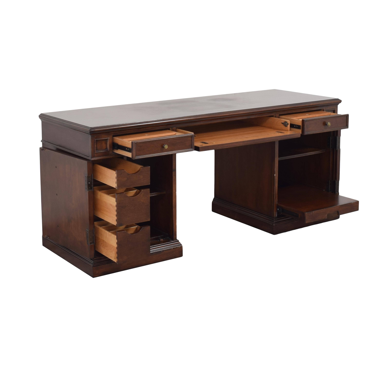 Ethan Allen Ethan Allen Executive Pedestal Desk Tables
